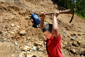 digging for garnets and fossils in gem state the spokesman review