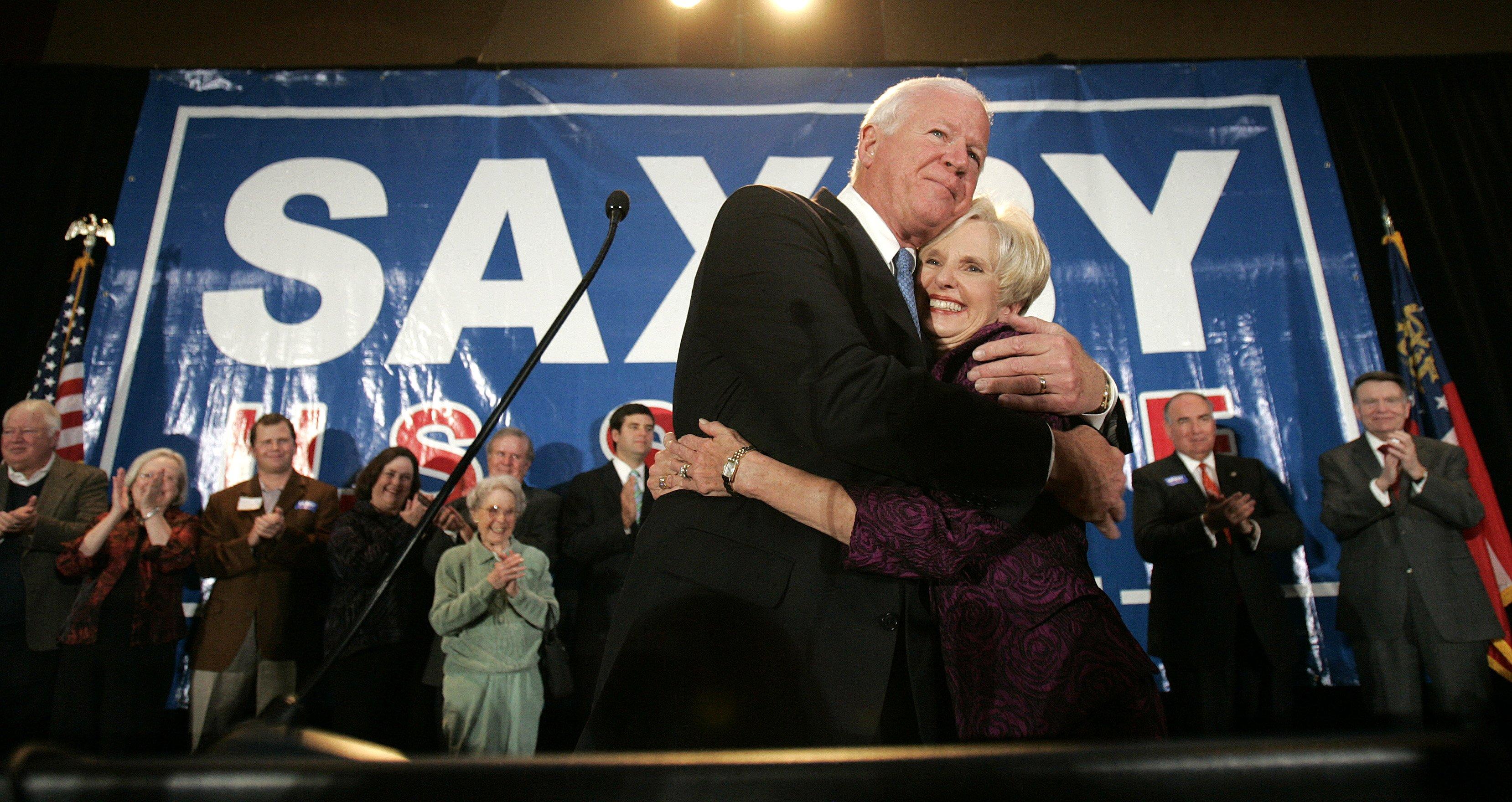 Sen Saxby Chambliss R Ga Hugs His Wife Julianne