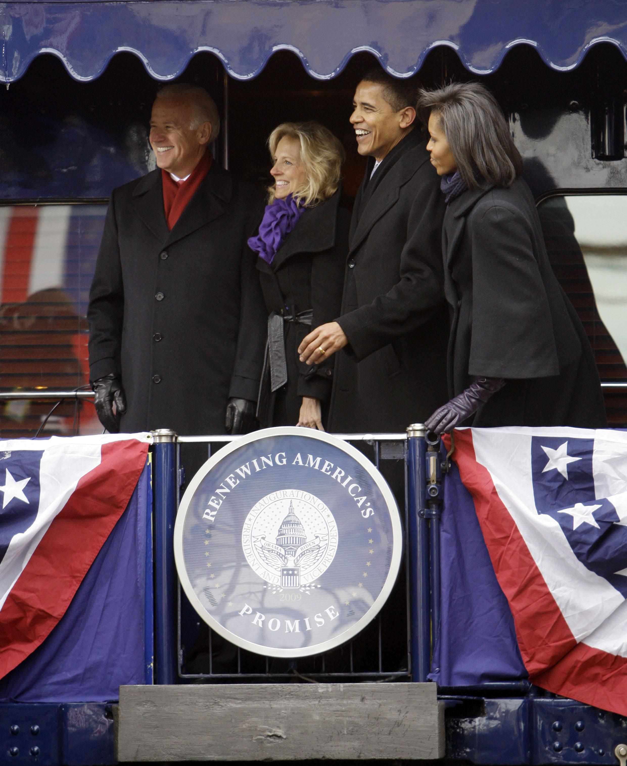 sr 18obamatrain2 01 18 2009 33F6BC0 - Joe Biden the railroad President
