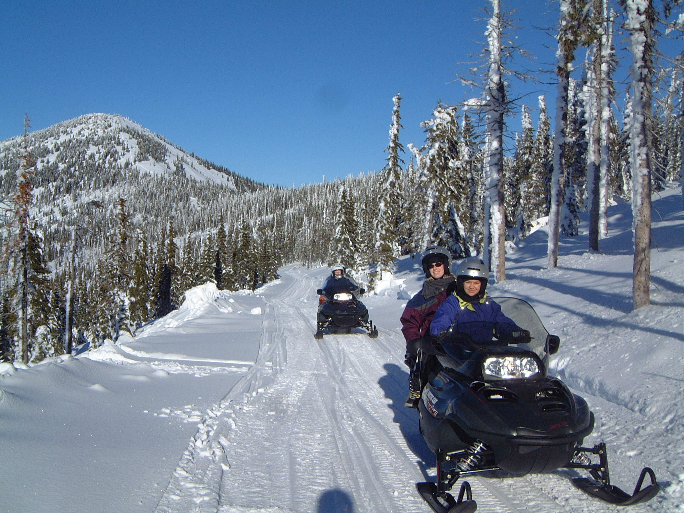 Idaho Education News >> Snowmobiling in Idaho: Good Medicine for those Winter Blues | The Spokesman-Review