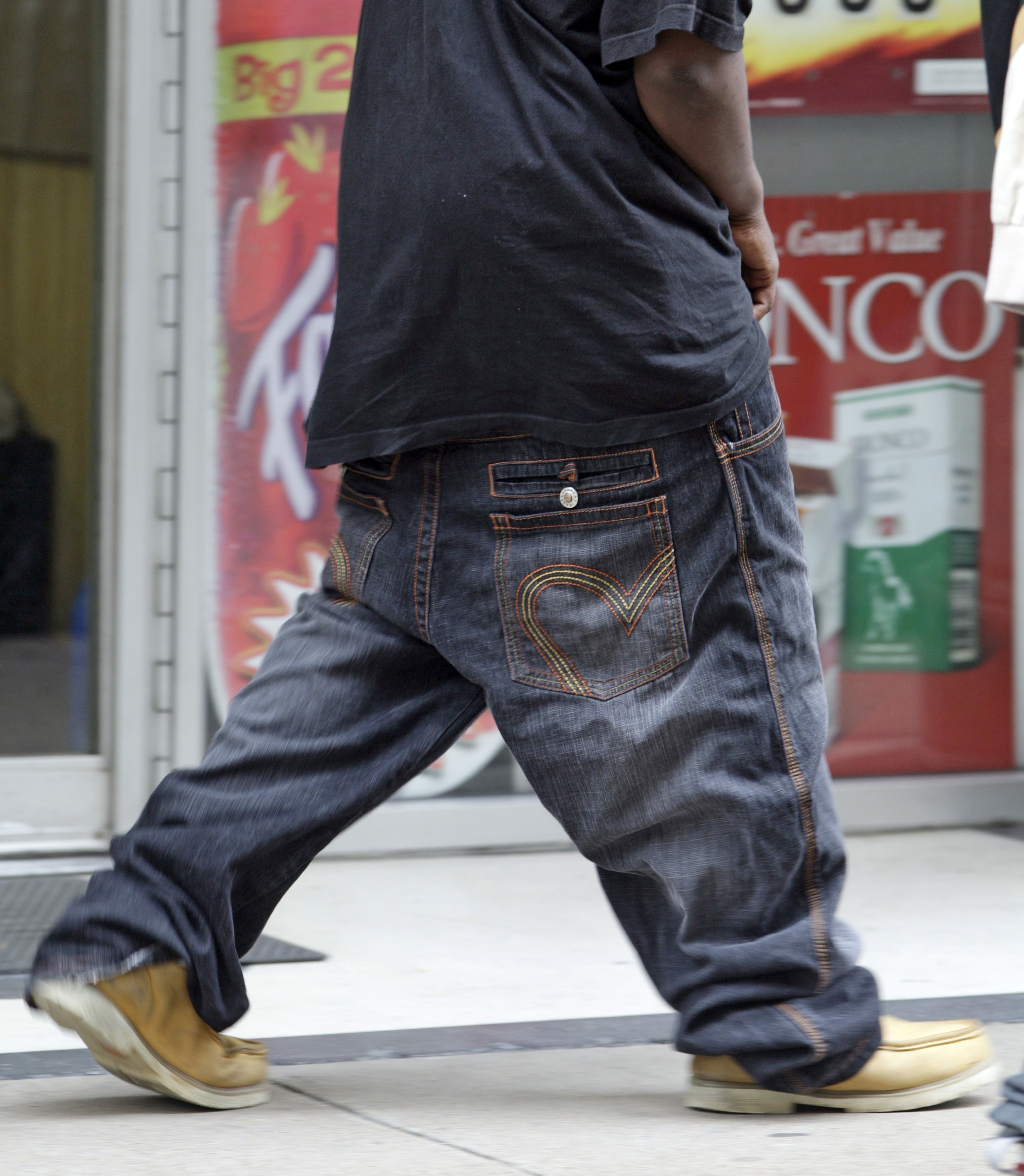 Tennessee Targets Baggy Pants | The Spokesman-Review