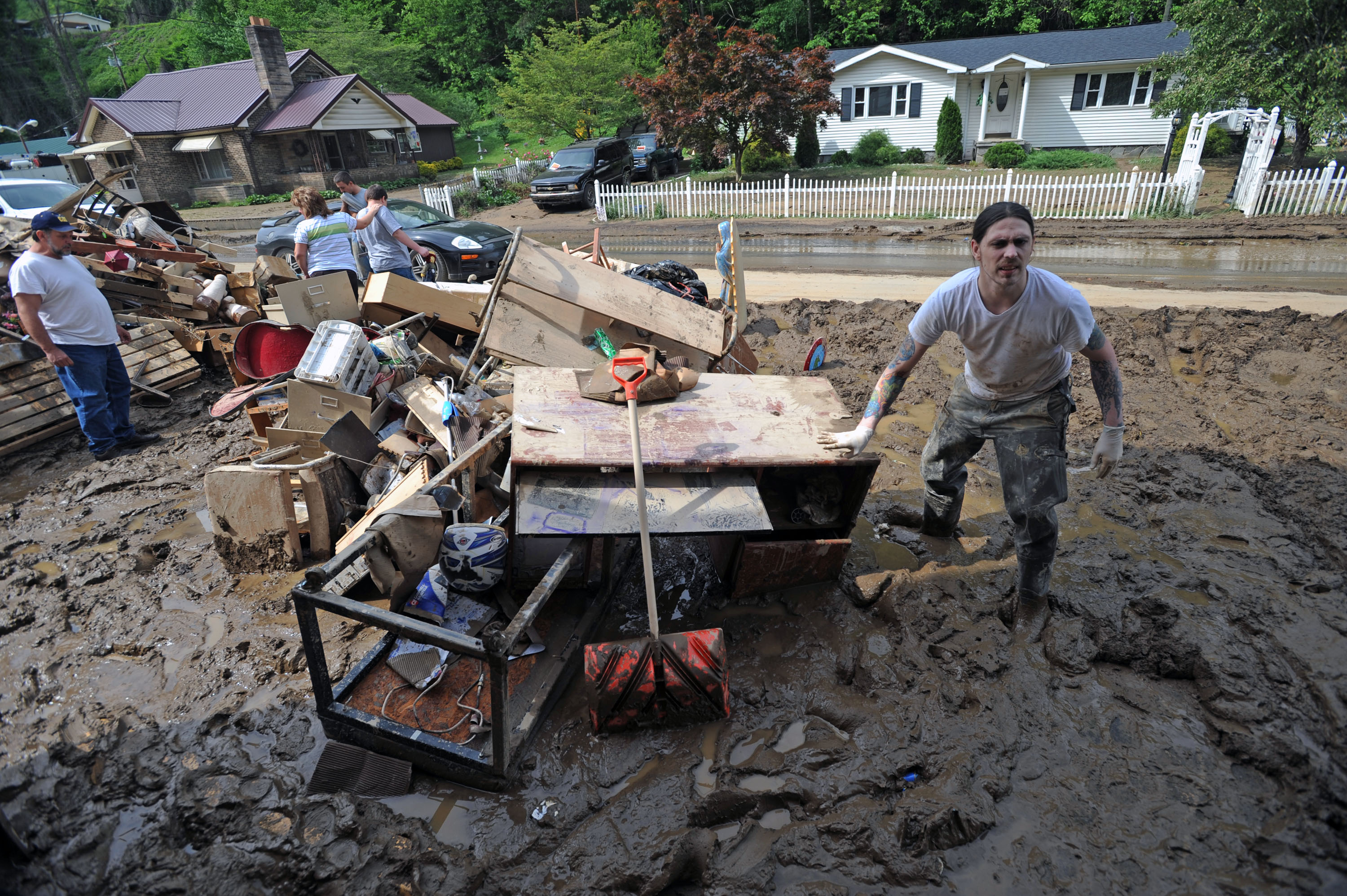 guard helping victims of west virginia floods the spokesman review