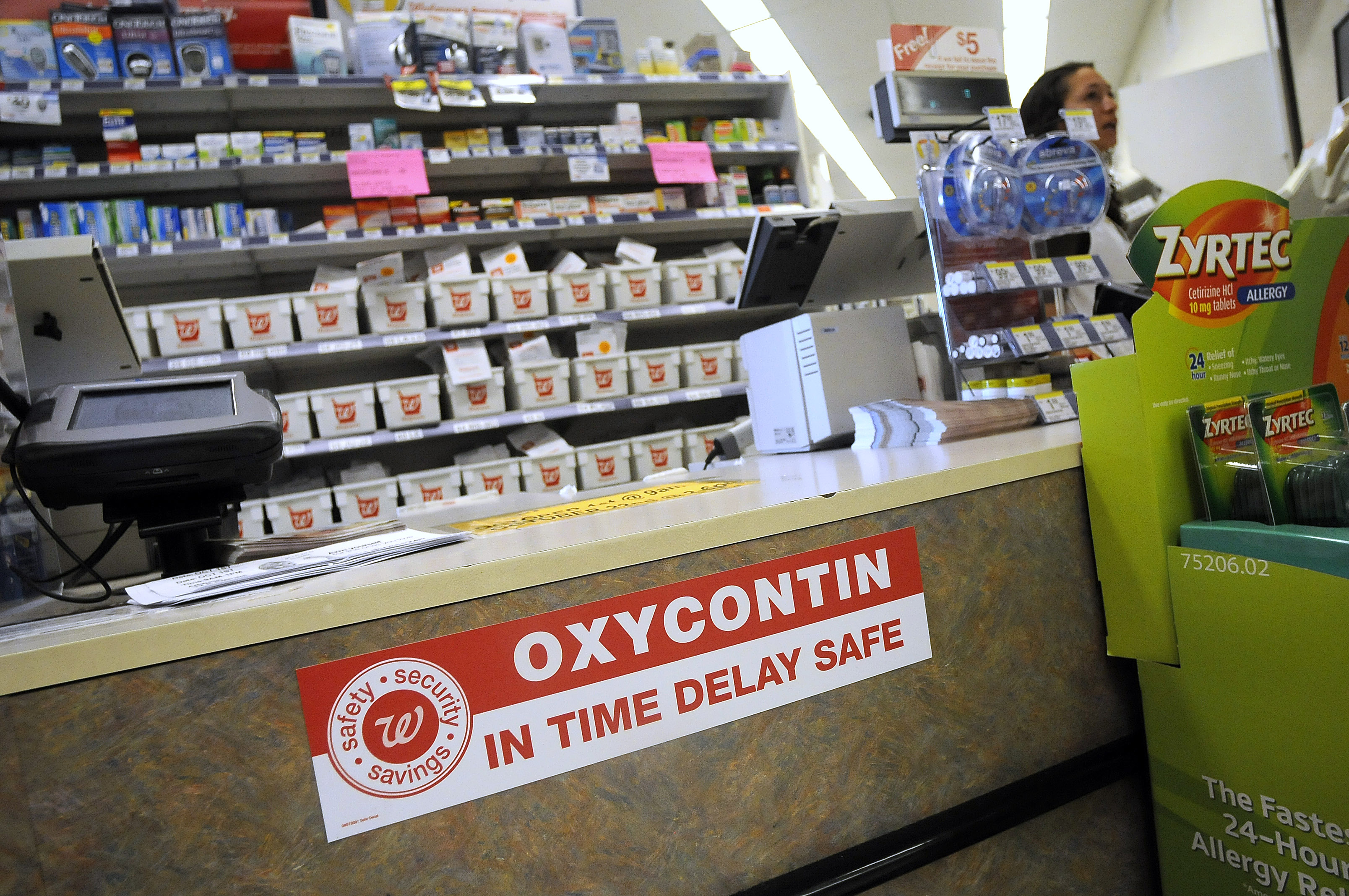 walgreens hopes special safes suppress oxycontin robberies the walgreens hopes special safes suppress oxycontin robberies the review