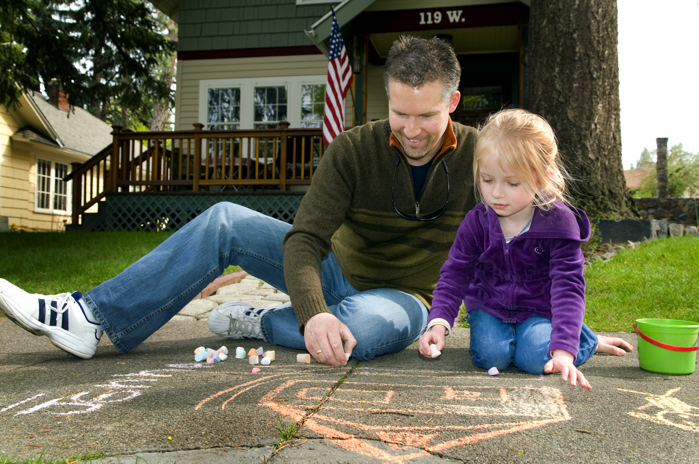 Captivating Stay At Home Dad, Brian Price Creates Some Sidewalk Art With His Daughter