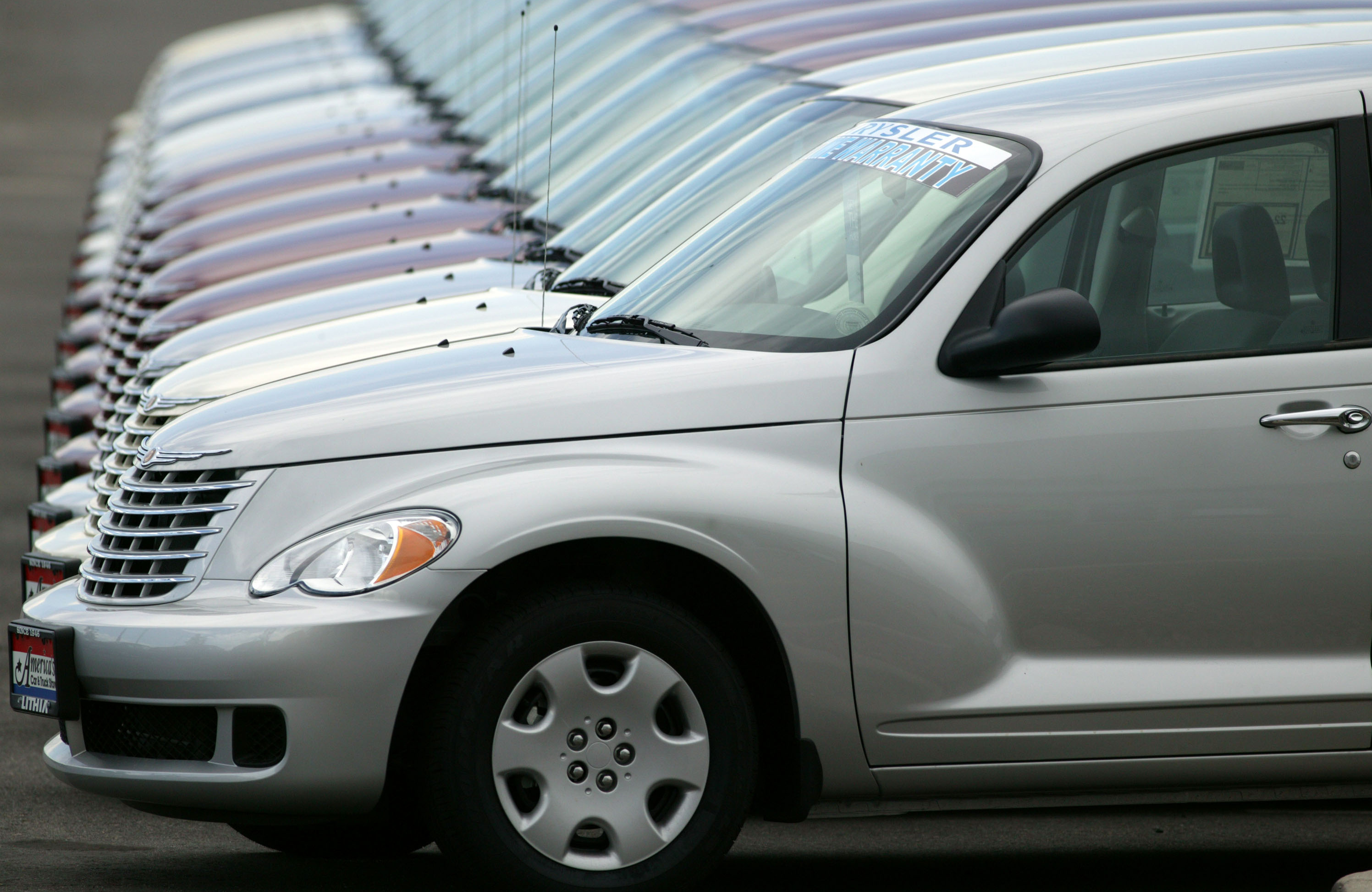 Chrysler ends production of once hot PT Cruiser