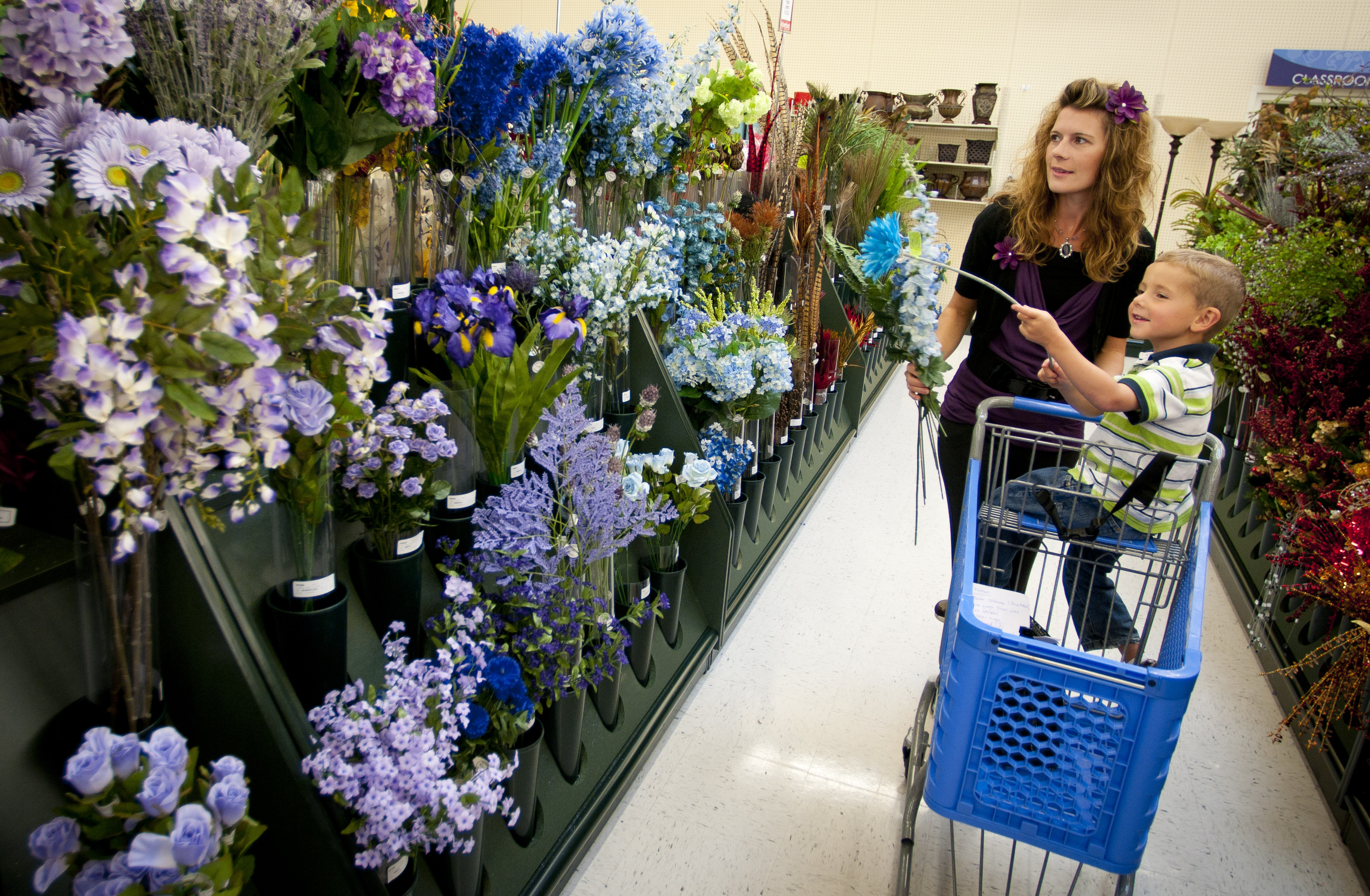 Shoppers Happy To Have Hobby Lobby The Spokesman Review