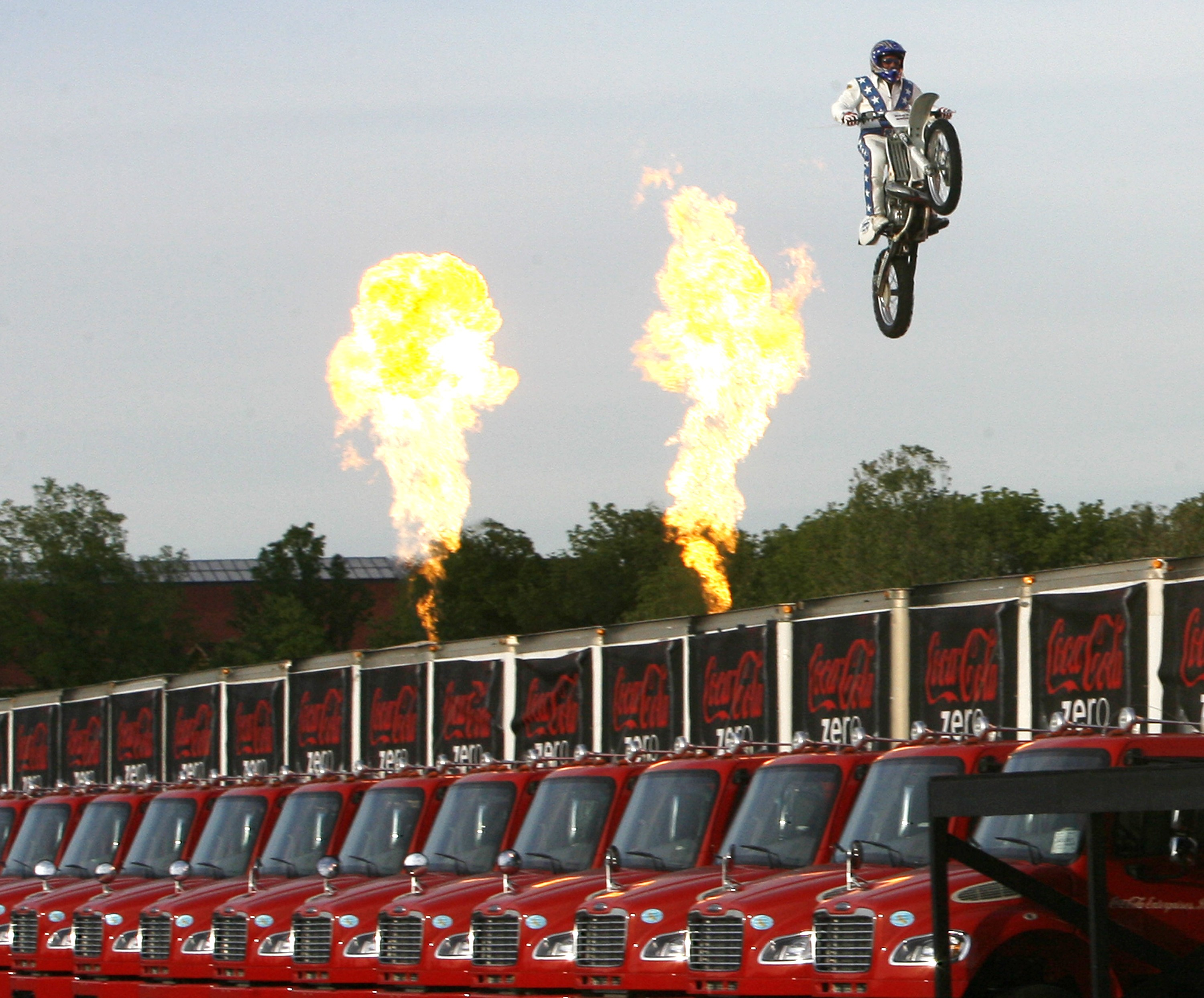 Evel Knievel Motorcycle Daredevil Jumper On His Harley: Younger Knievel's Jump Over Snake Delayed