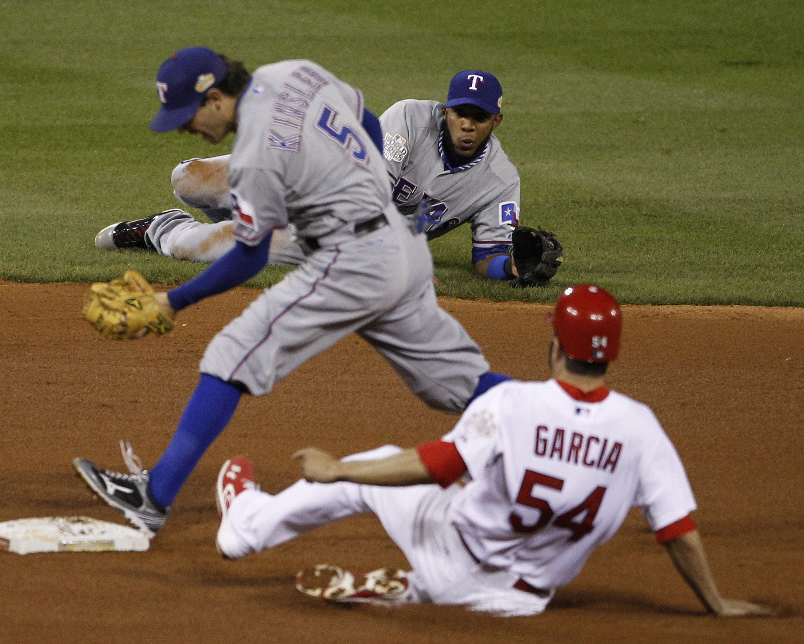 Shortstop Elvis Andrus saves Texas Rangers with glove in Game 2 of World  Series | The Spokesman-Review
