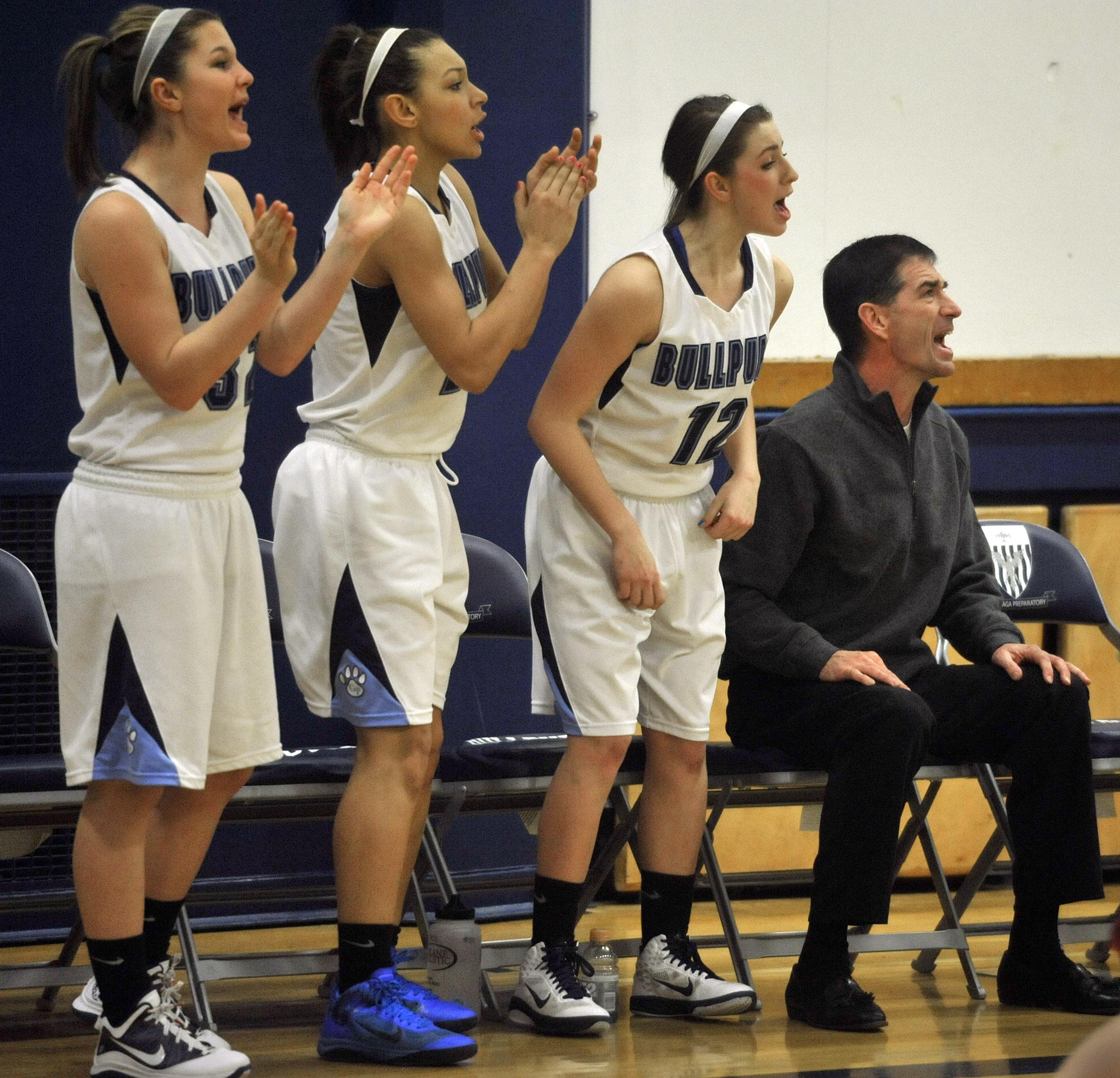 5148fa9c232 John Stockton is assistant coach of daughter Lindsay s G-Prep team. (Dan  Pelle