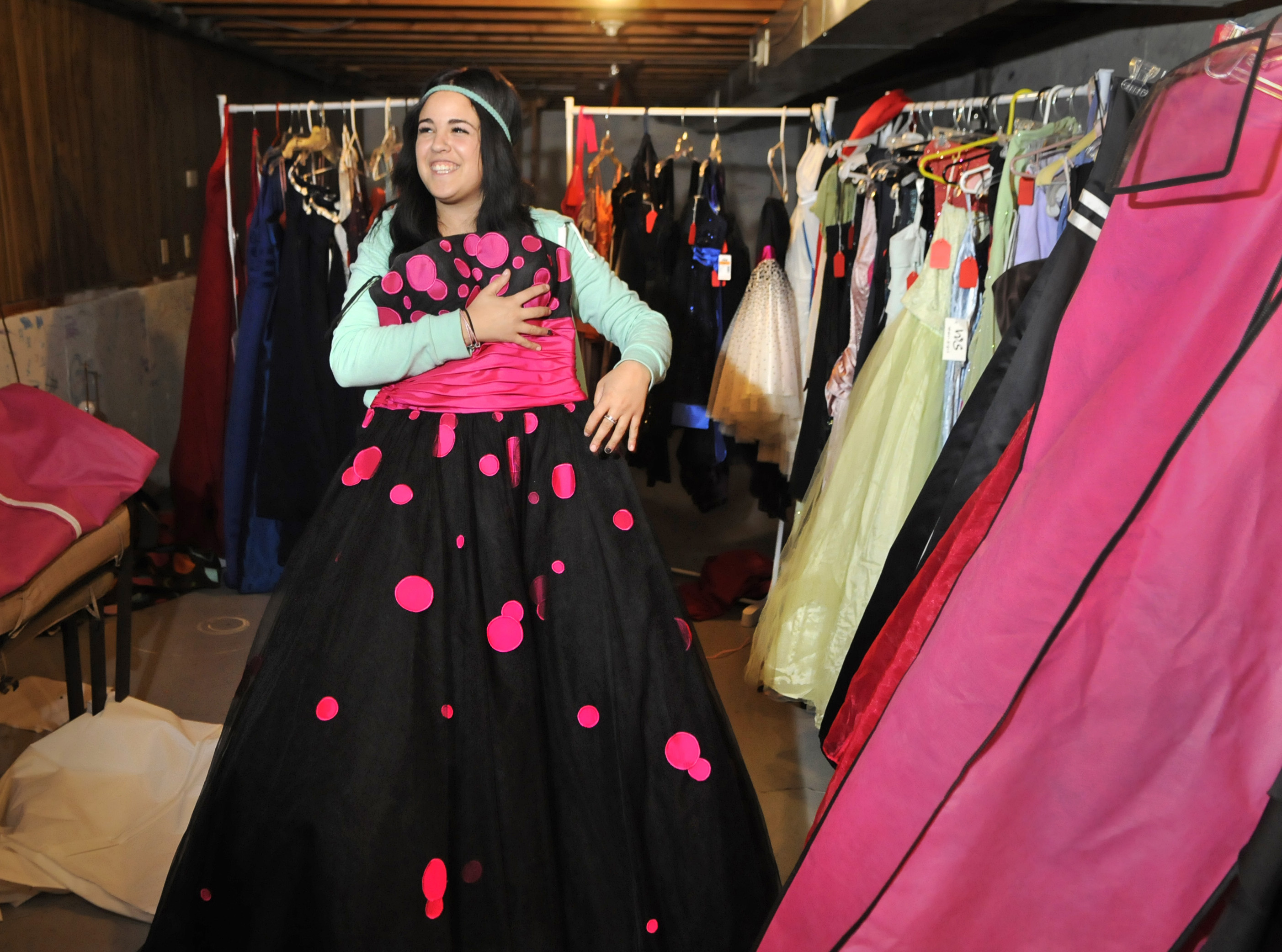 Senior project collects affordable prom dresses | The Spokesman-Review