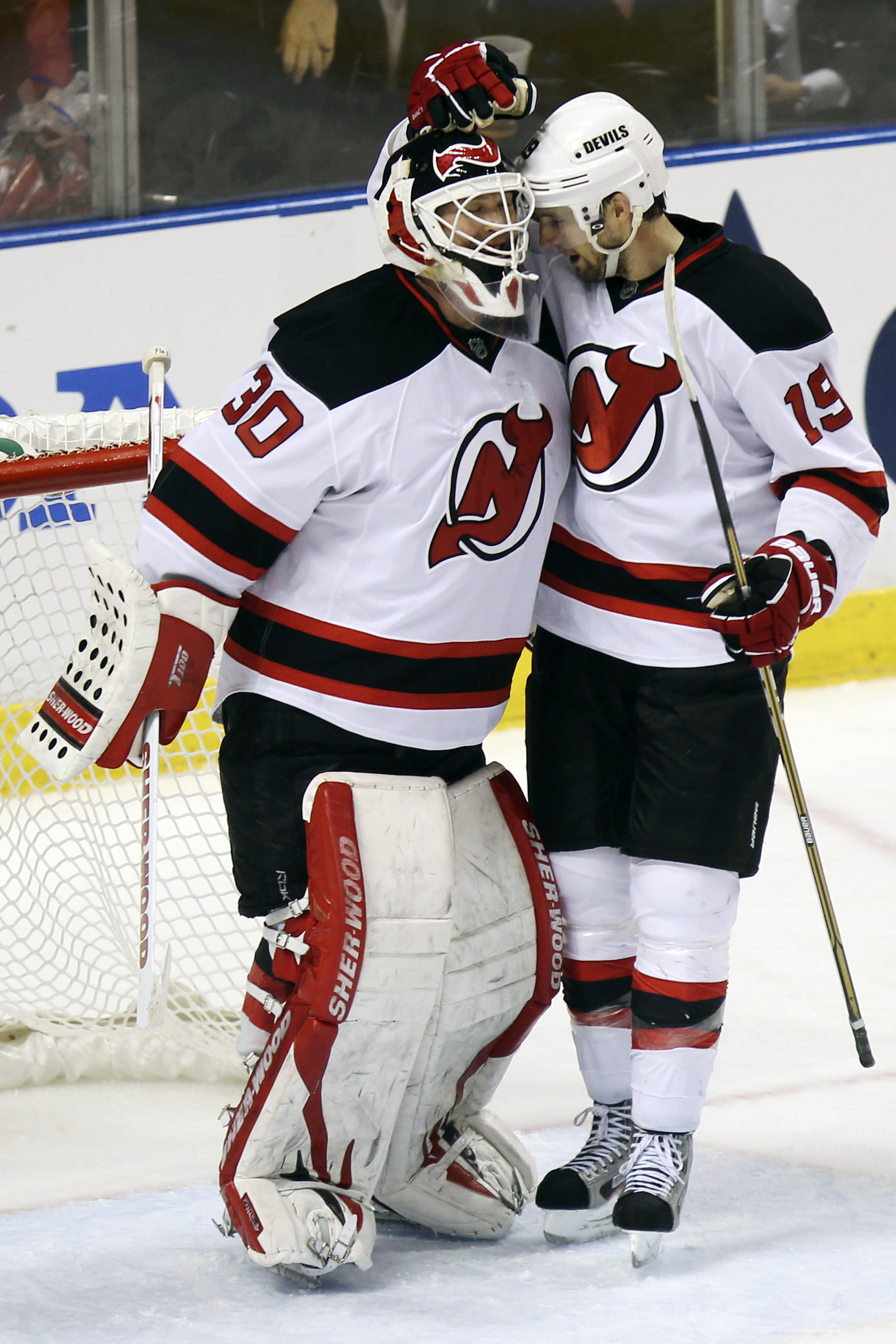 Brodeur Wins No 100 Devils Top Panthers The Spokesman Review