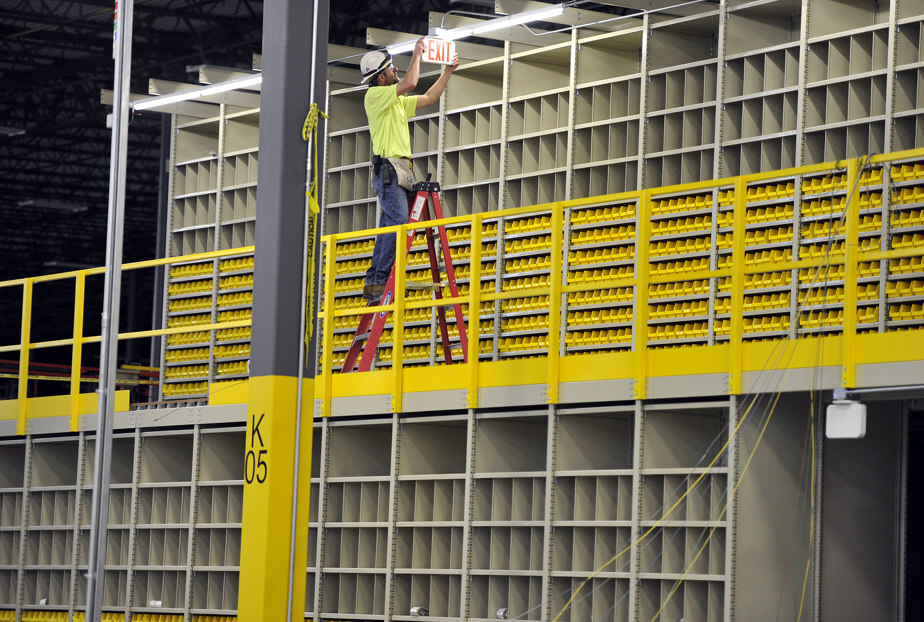 West Plains Caterpillar Distribution Center On Track The