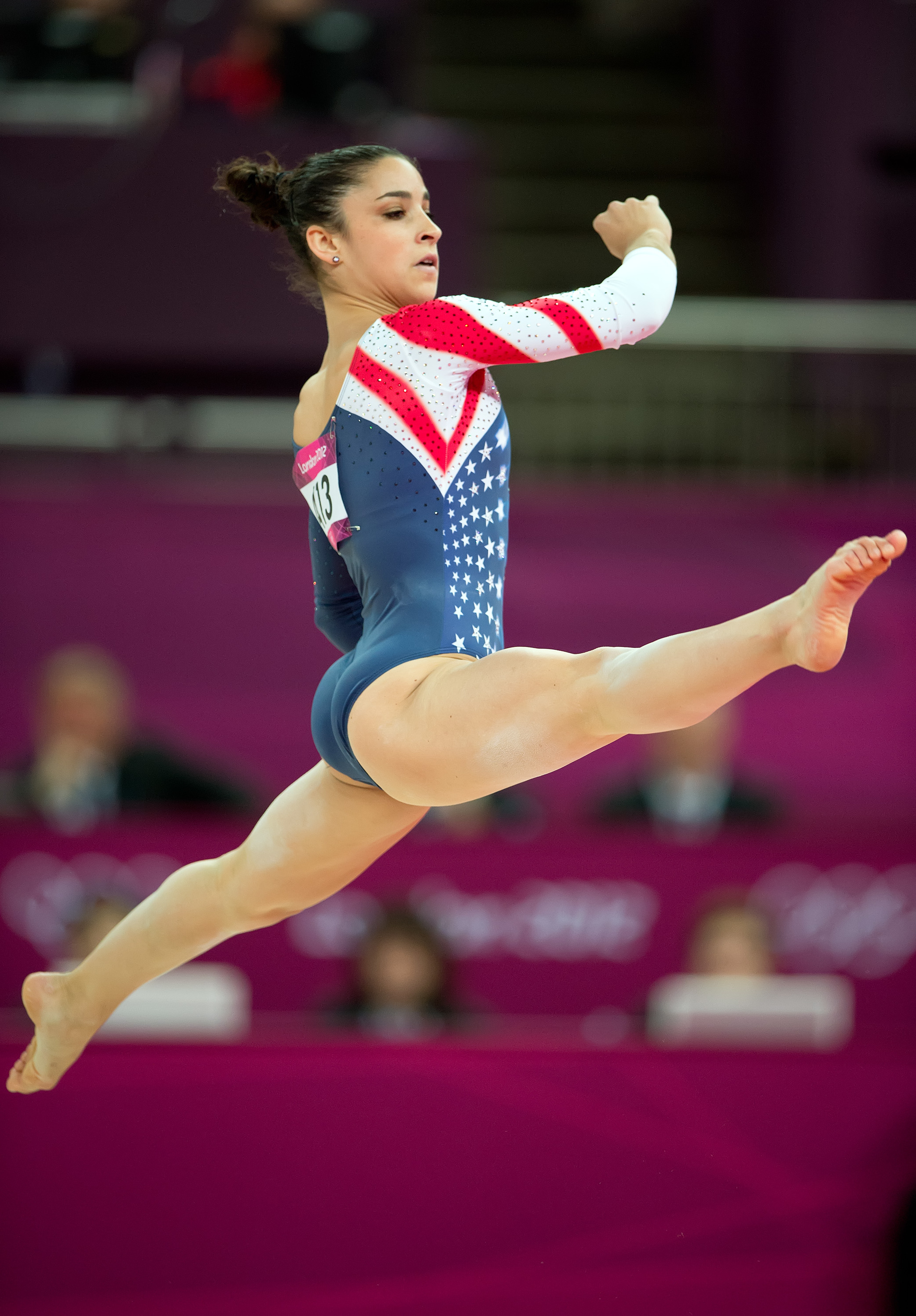 Raisman Earns Gold Bronze For U S Gymnastics The