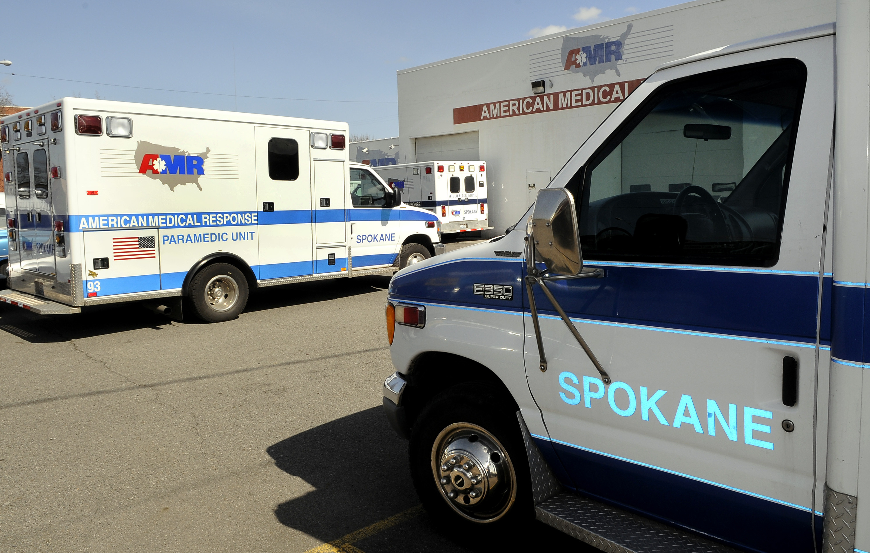 New ambulance contract cuts rate $100   The Spokesman-Review