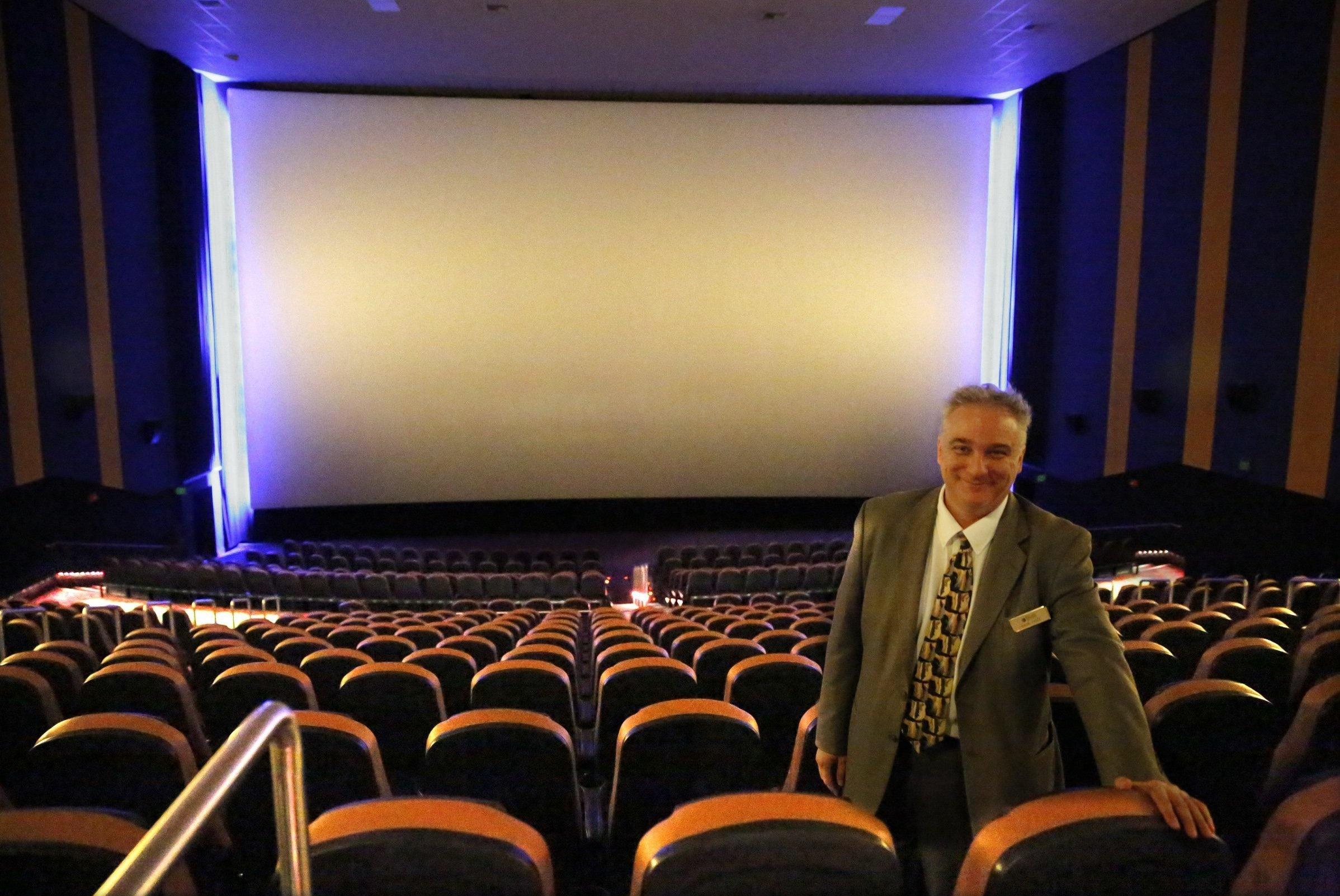 Edwards irvine spectrum imax cinema irvine