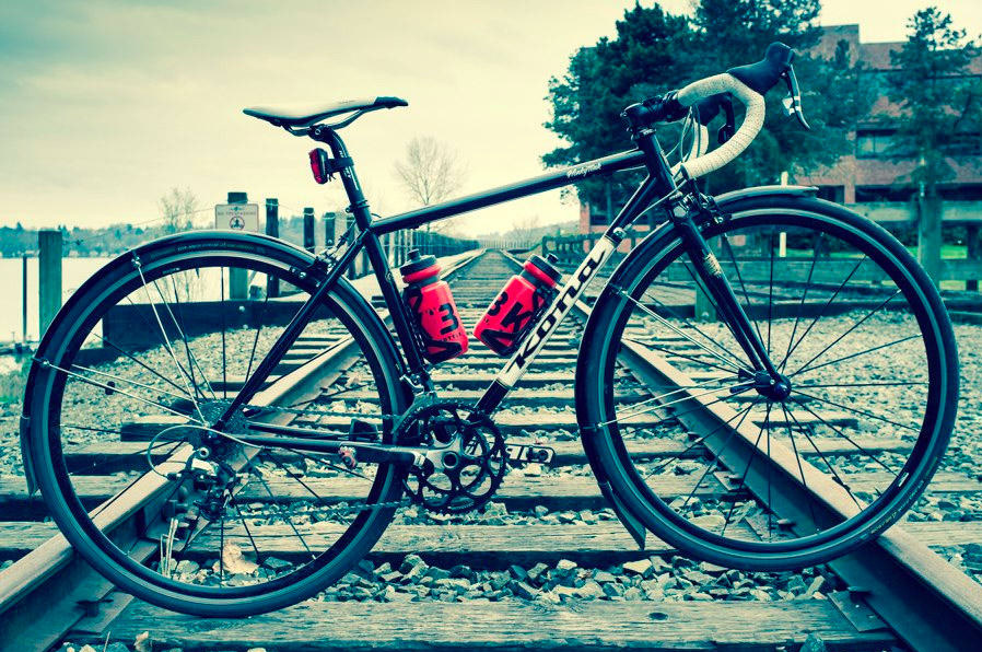 Gear Junkie  Bicycle bottle 25744a535