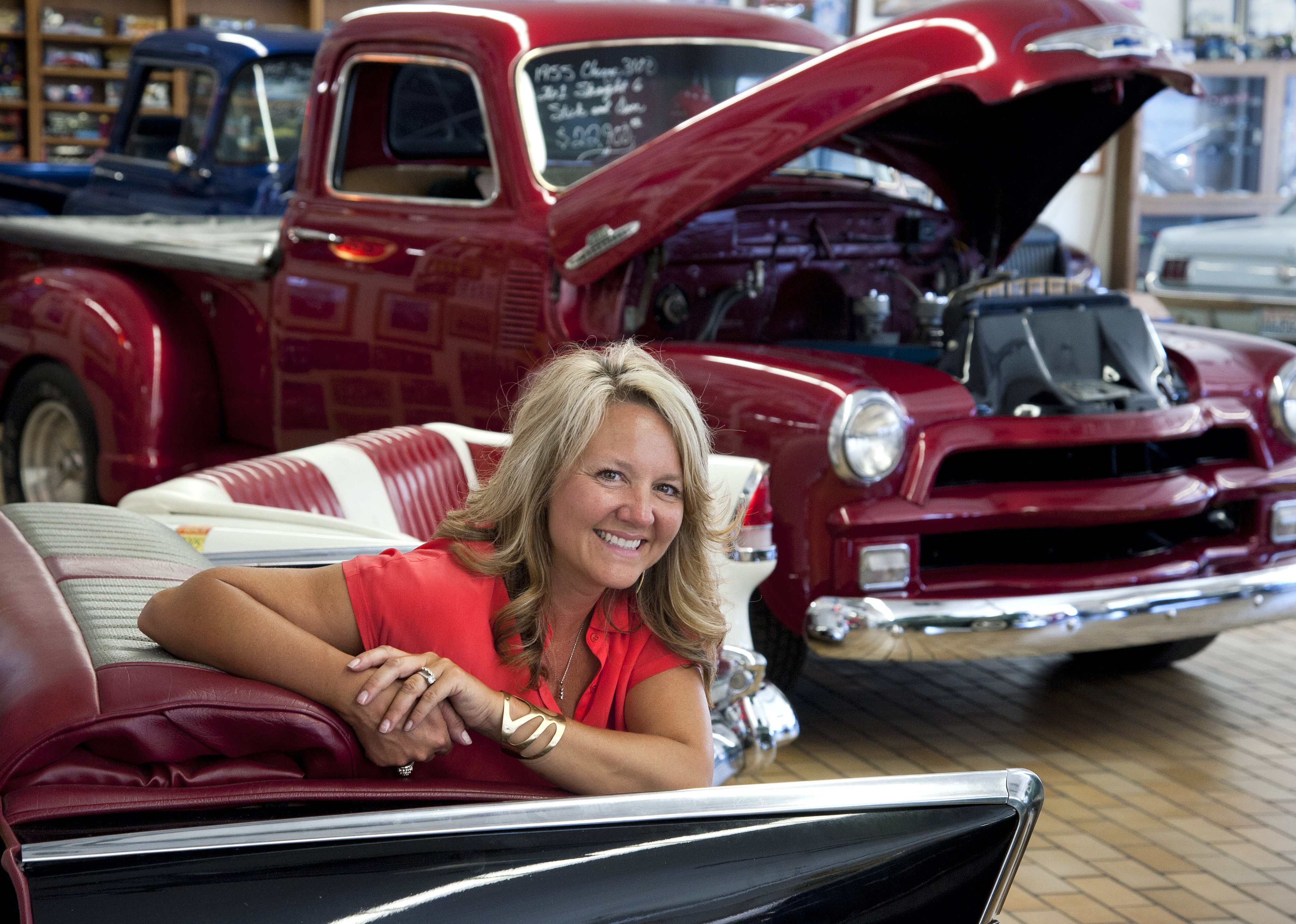 Rohrer\'s Select Cars stocks showroom with vintage vehicles | The ...