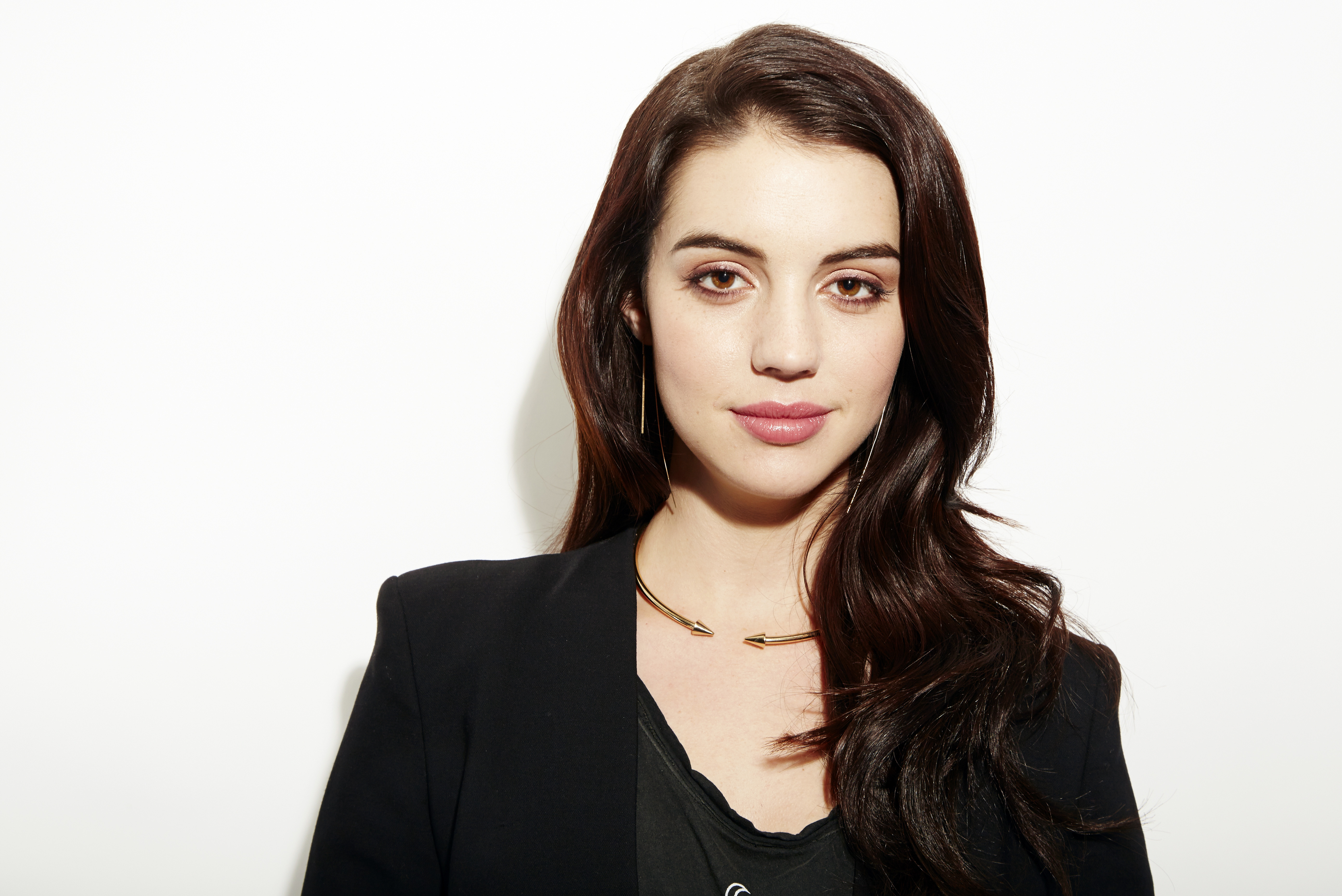 Adelaide Kane Weight in 'reign,' kane finds hard work, happiness | the spokesman-review