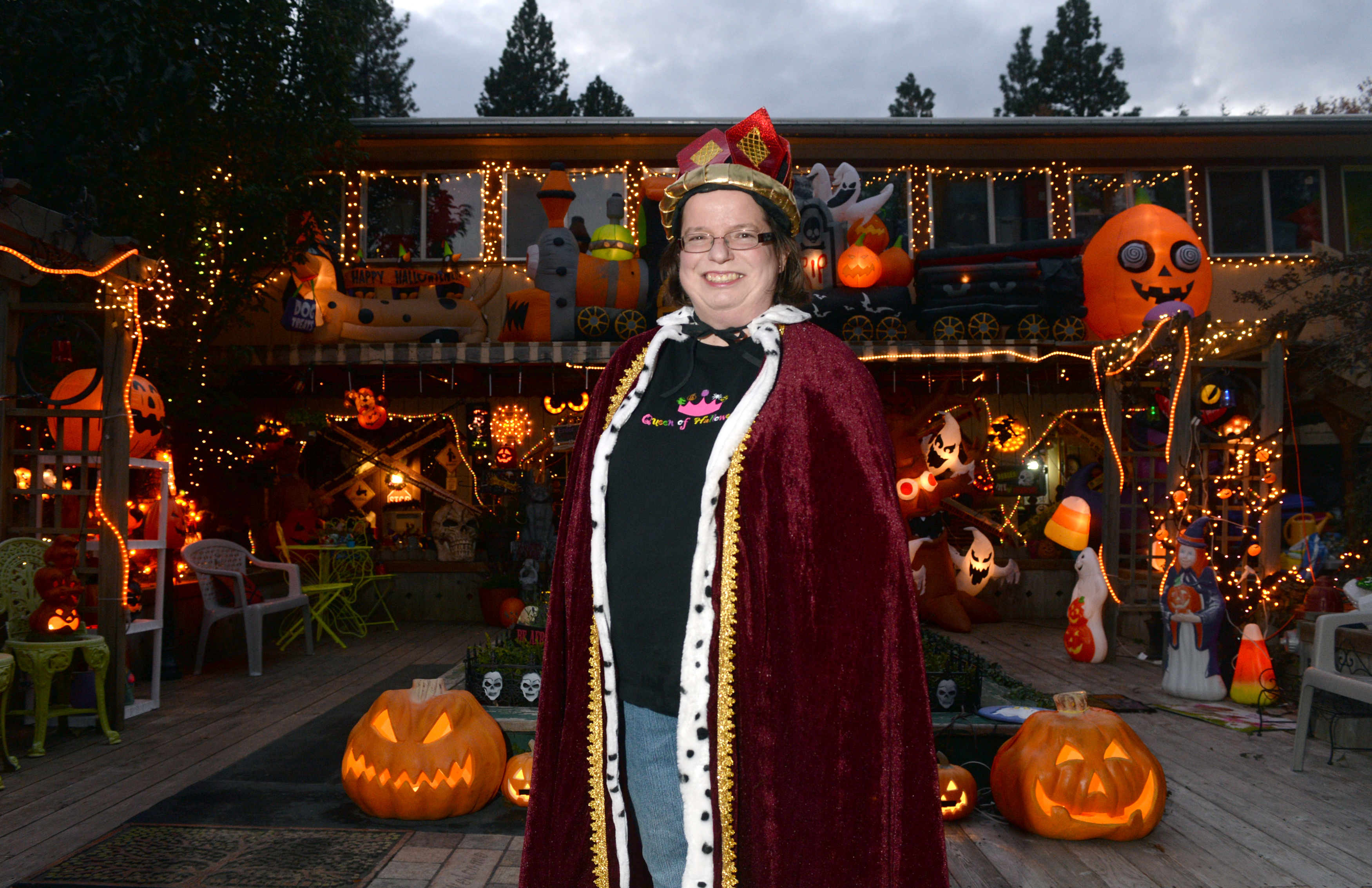 chris sheppard dons only one costume on halloween a robe crown and sweatshirt reading