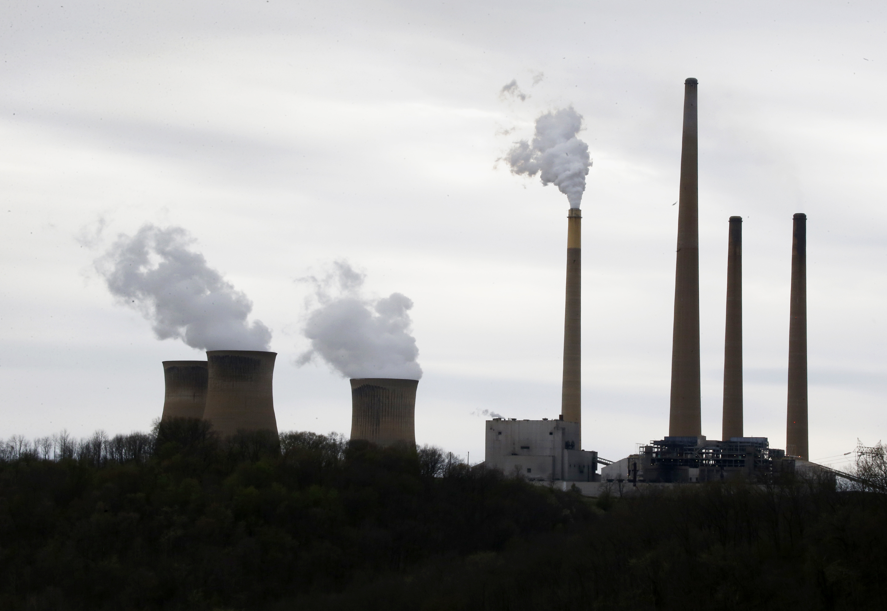 Poster Child Coal Generator Embodies Pollution Challenge The