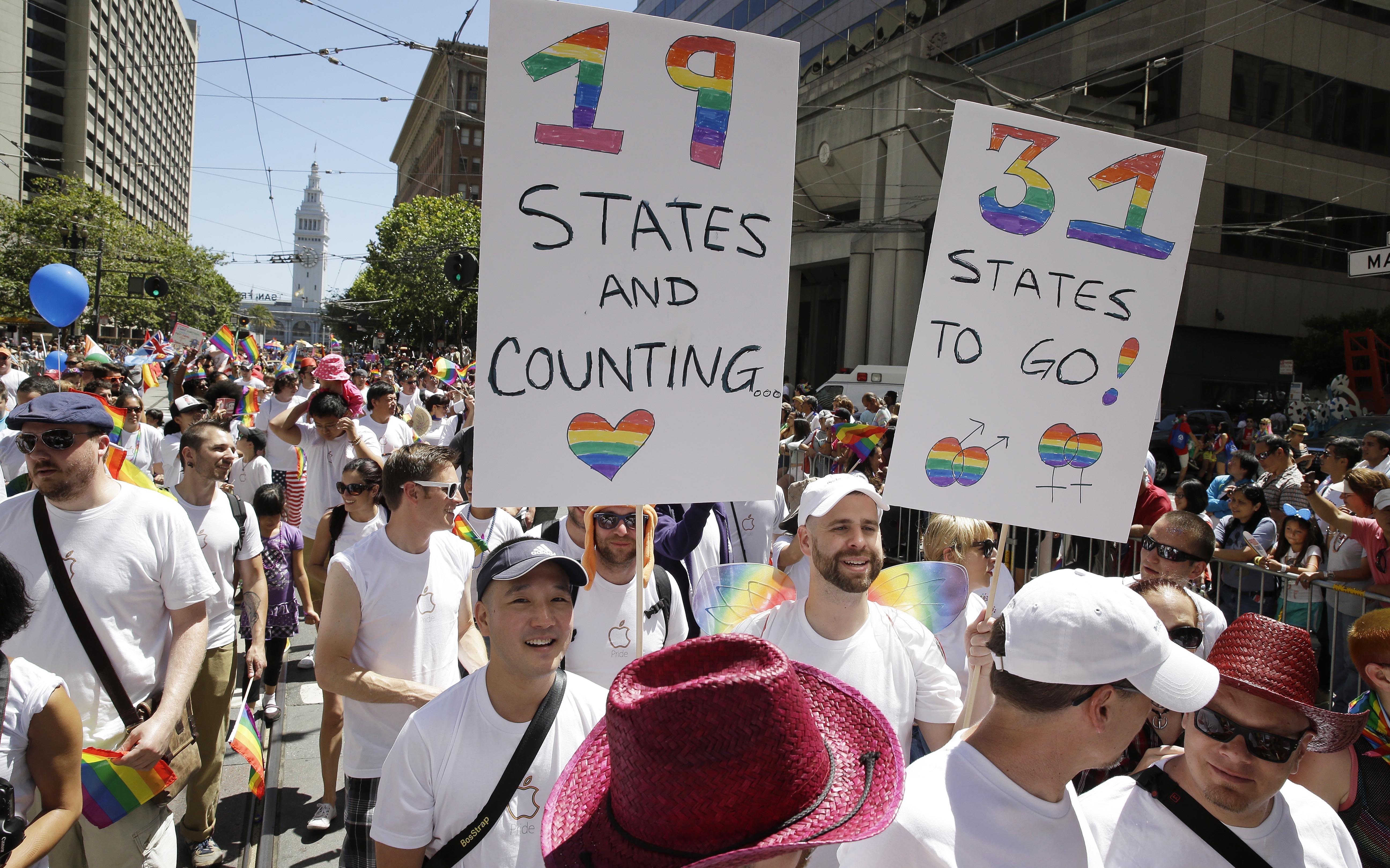 Obama chicago gay pride parade 2004