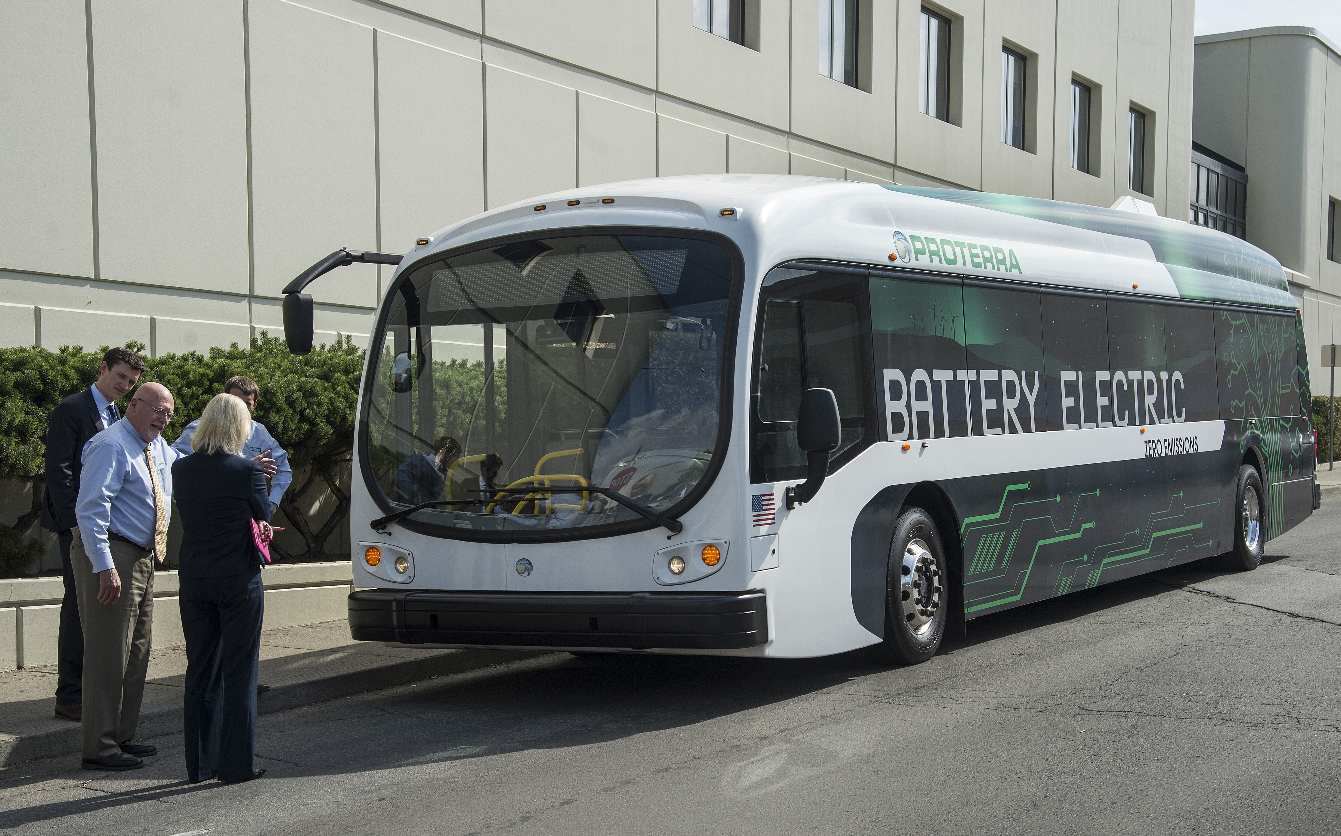 Emissions Testing Spokane >> Sta Officials View Company S Latest Electric Bus Model The