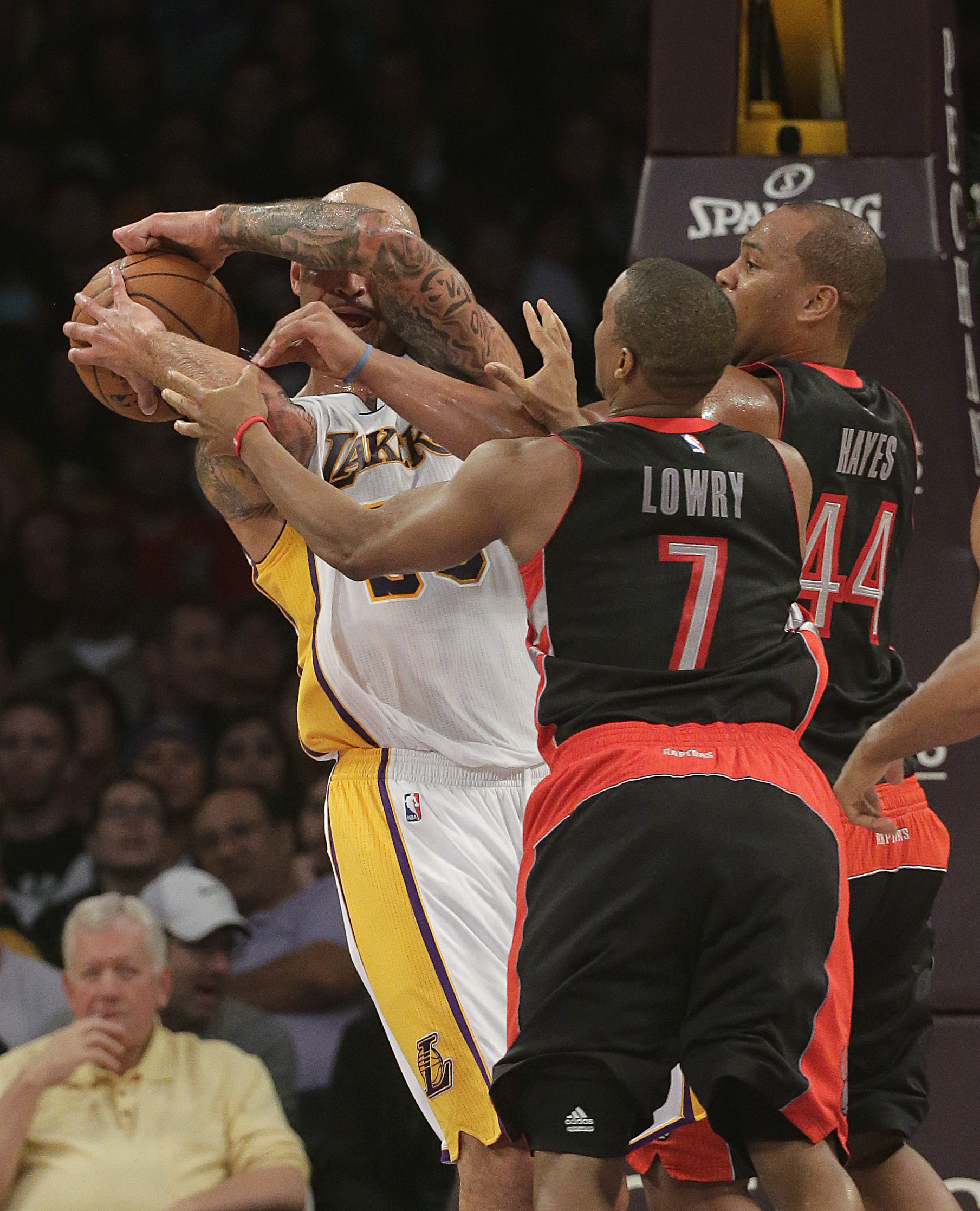 In brief: Kobe Bryant's triple double lifts Lakers past