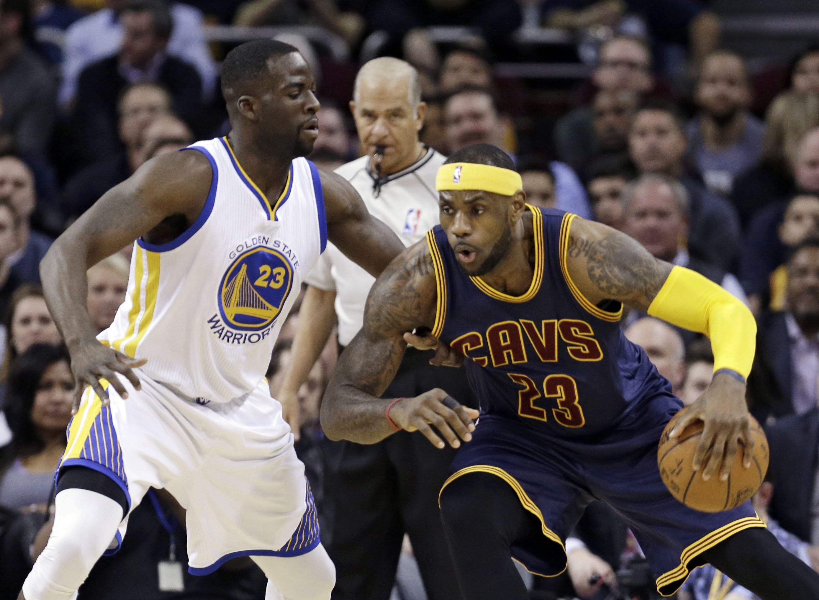 4e3076cf90db In Brief  LeBron James leads red-hot Cleveland past Golden State ...