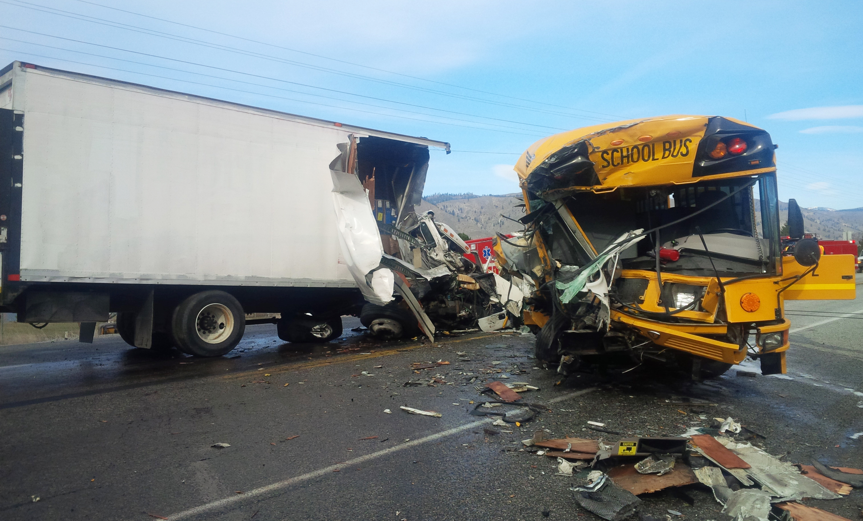 Highway Crash Kills One Injures Dozens The SpokesmanReview - Car shows in washington state
