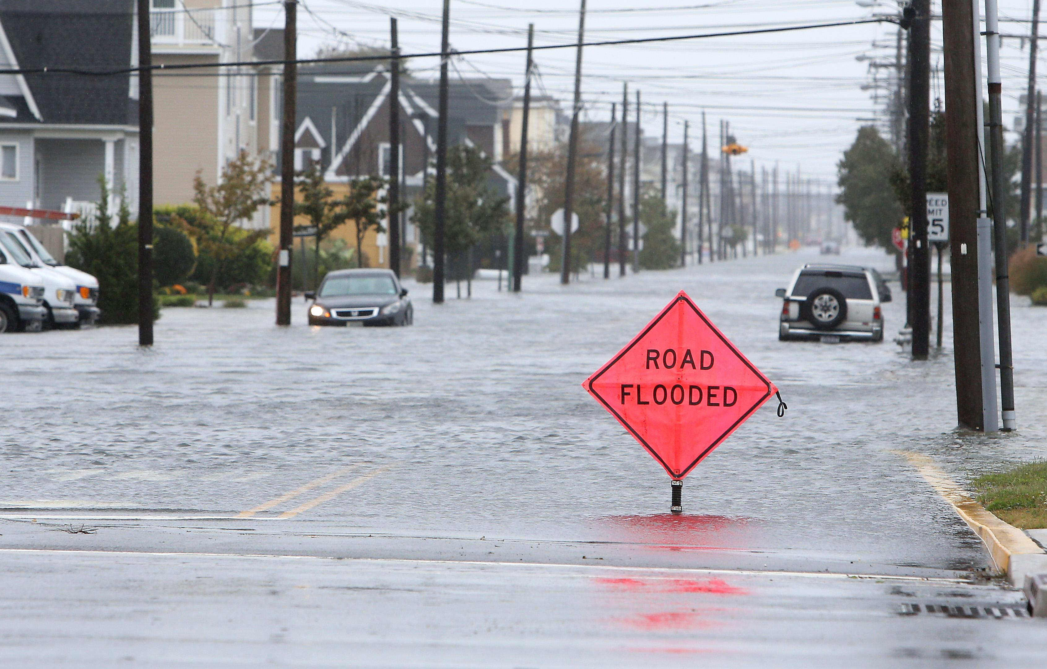 hurricane joaquin likely to spare east coast but flooding looms