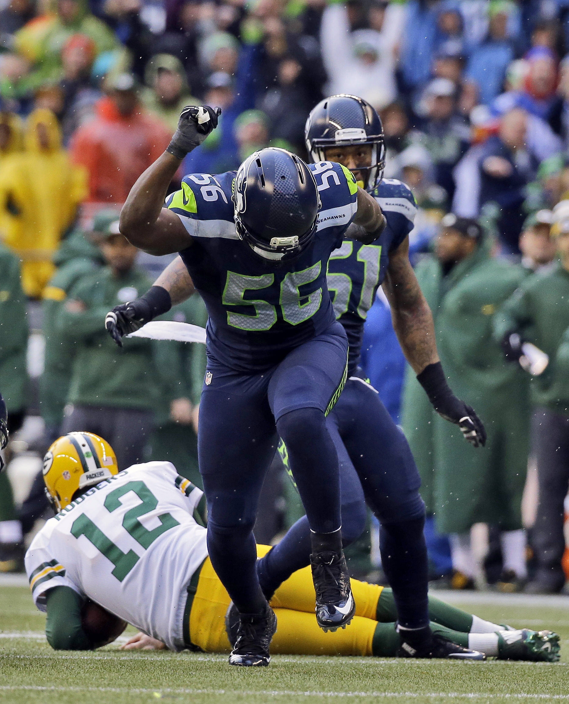 Seahawks defensive end Cliff Avril provides more than stats