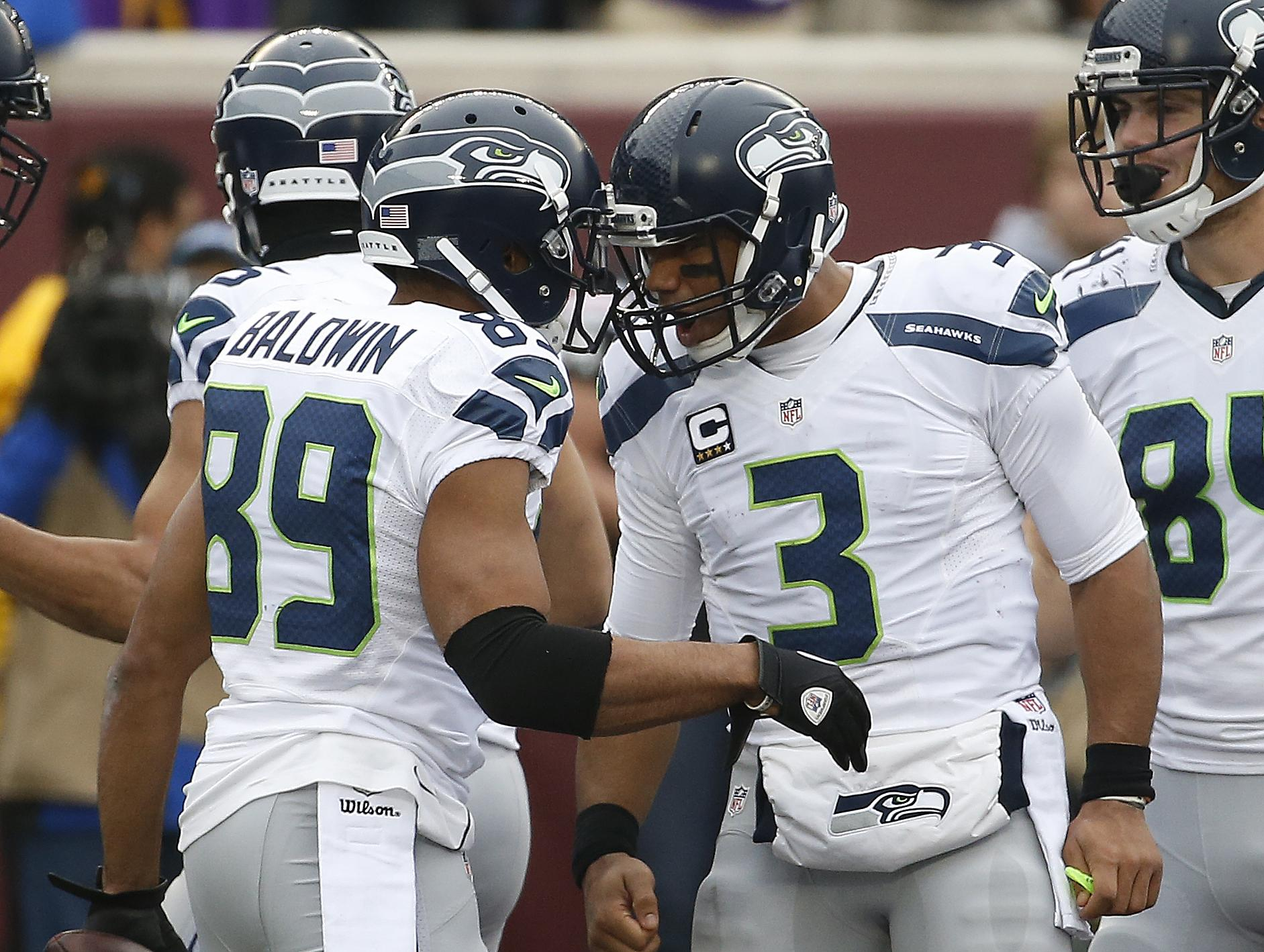 quality design ed3ce 39bb7 Hottest QB and WR combo in the NFL is in Seattle | The ...