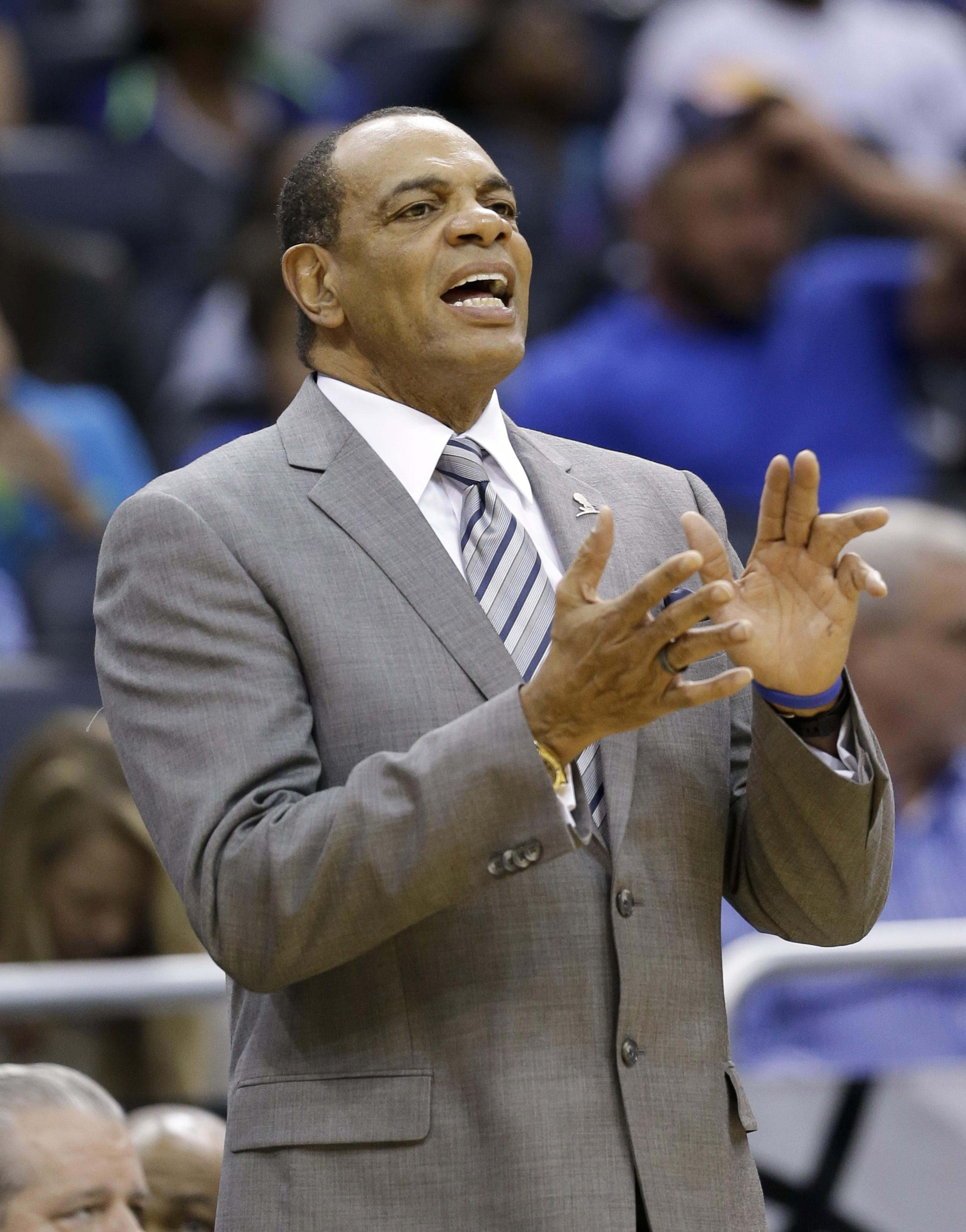 Nets fire coach Lionel Hollins reassign GM Billy King