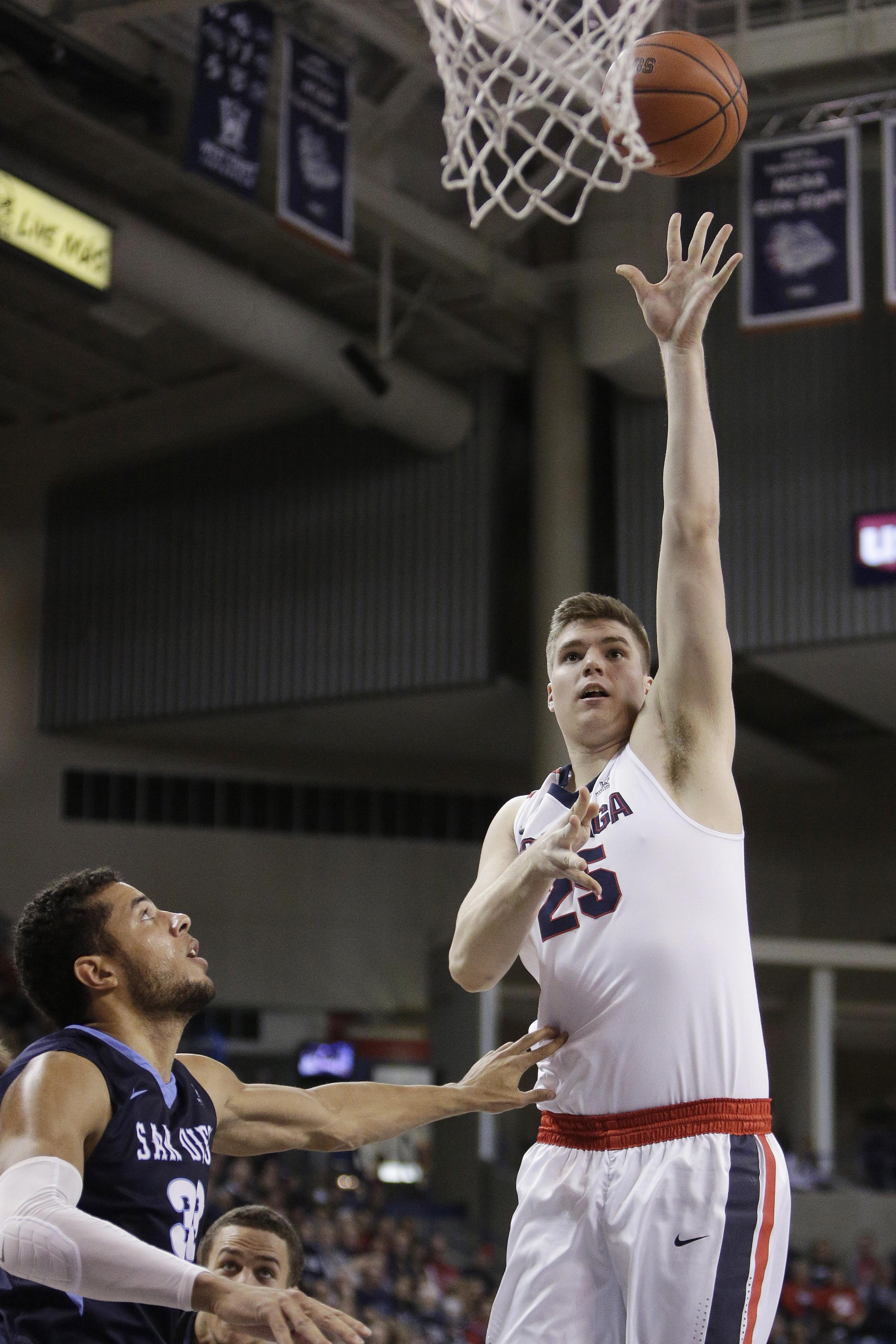ef85409fd6df Ryan Edwards  left-handed hook was one of the highlights for Gonzaga in its
