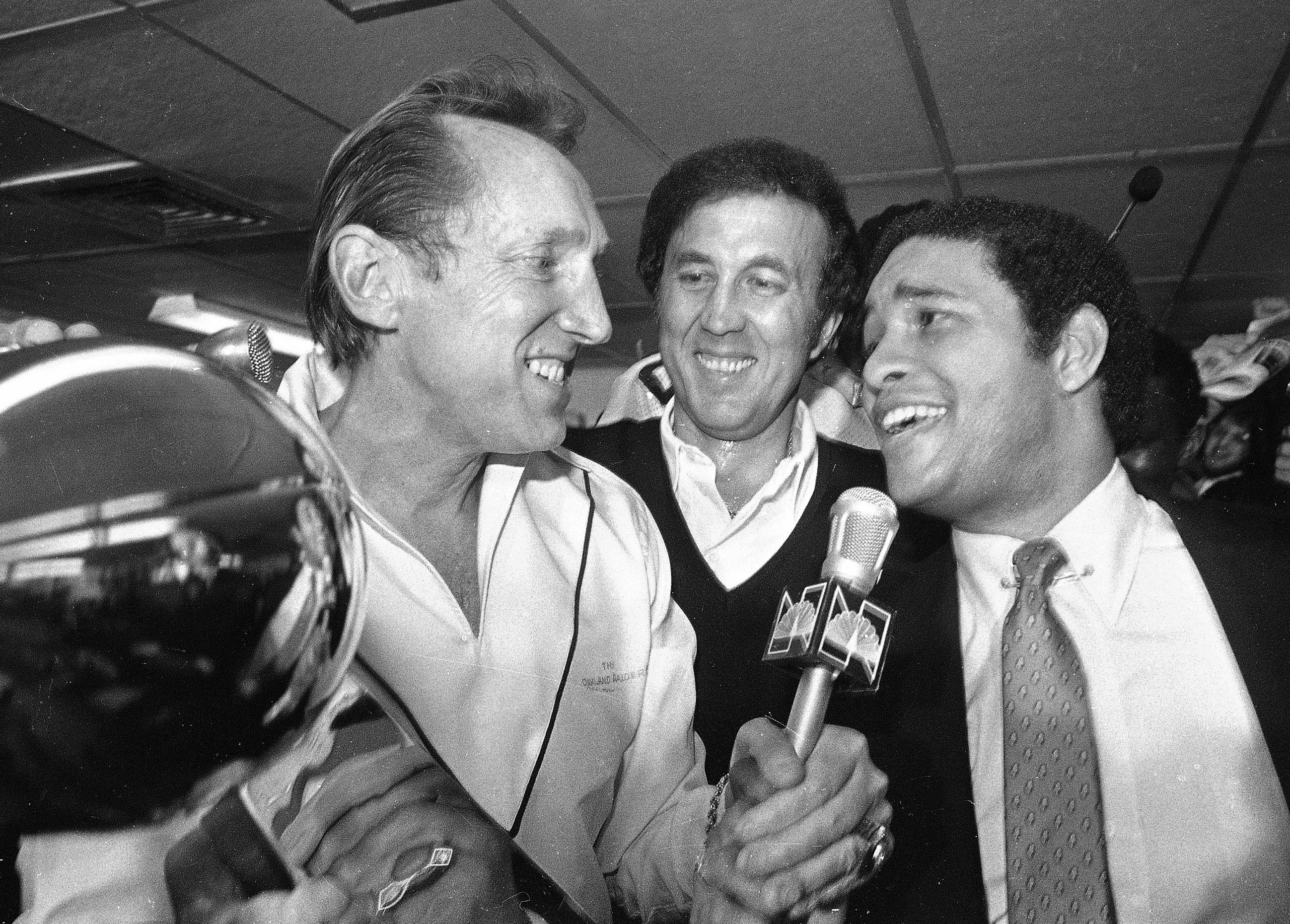 Flores Set Path As 1st Hispanic Coach To Win Super Bowl The