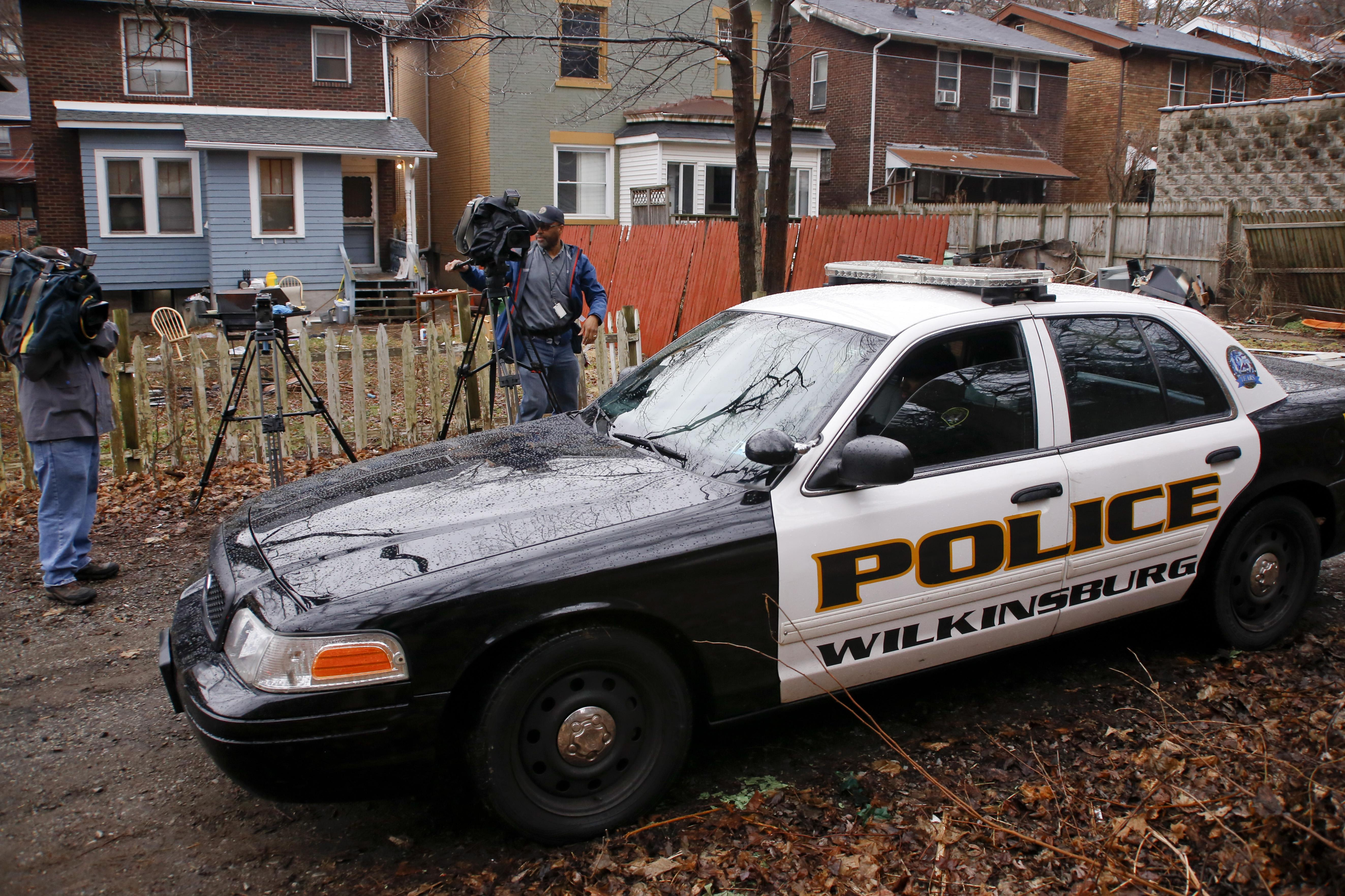 Gunmen Ambush Backyard Party Outside Pittsburgh Killing 6