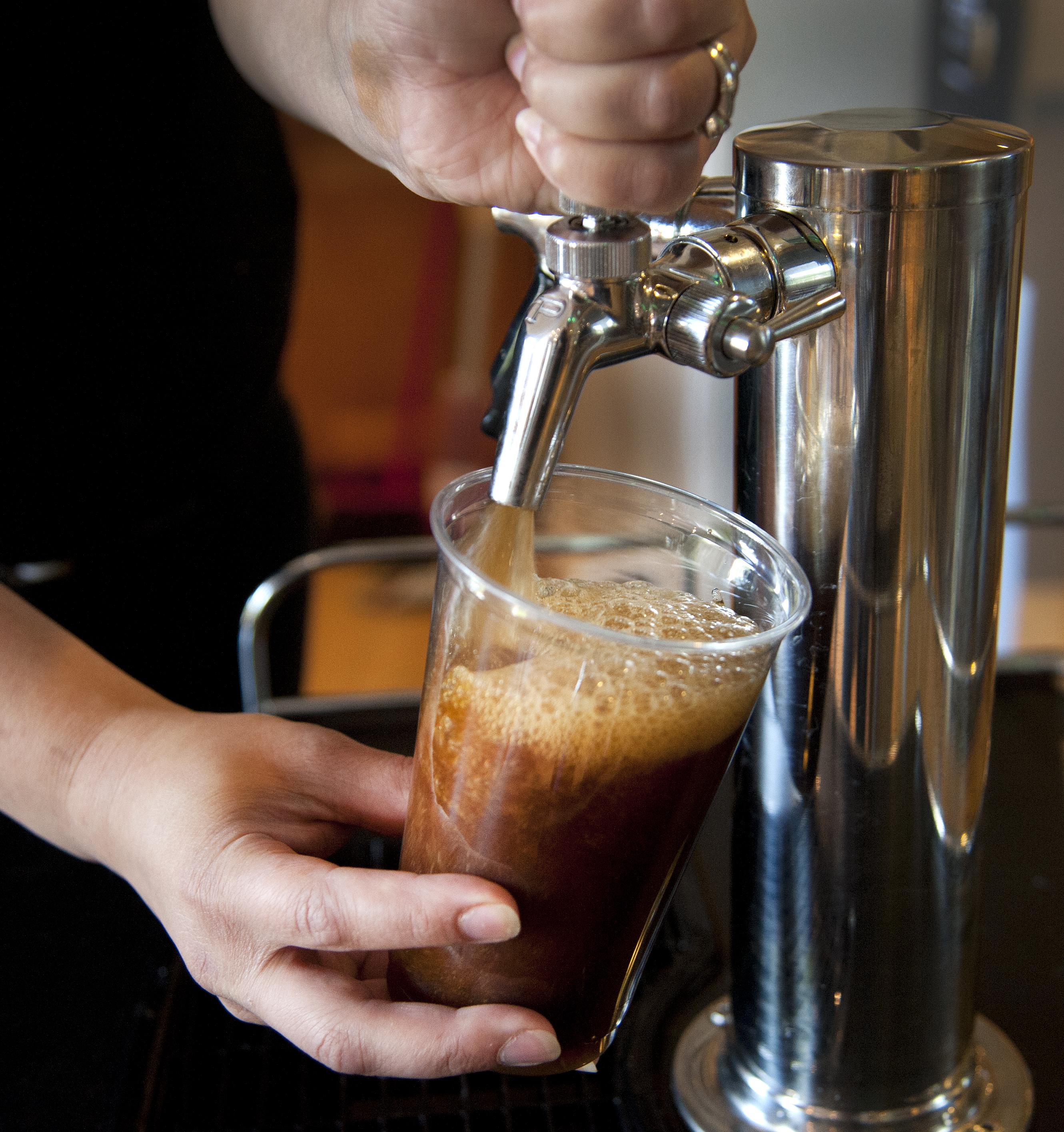 Boutique Coffee Shops Jolt Chains To Step Up Sophistication