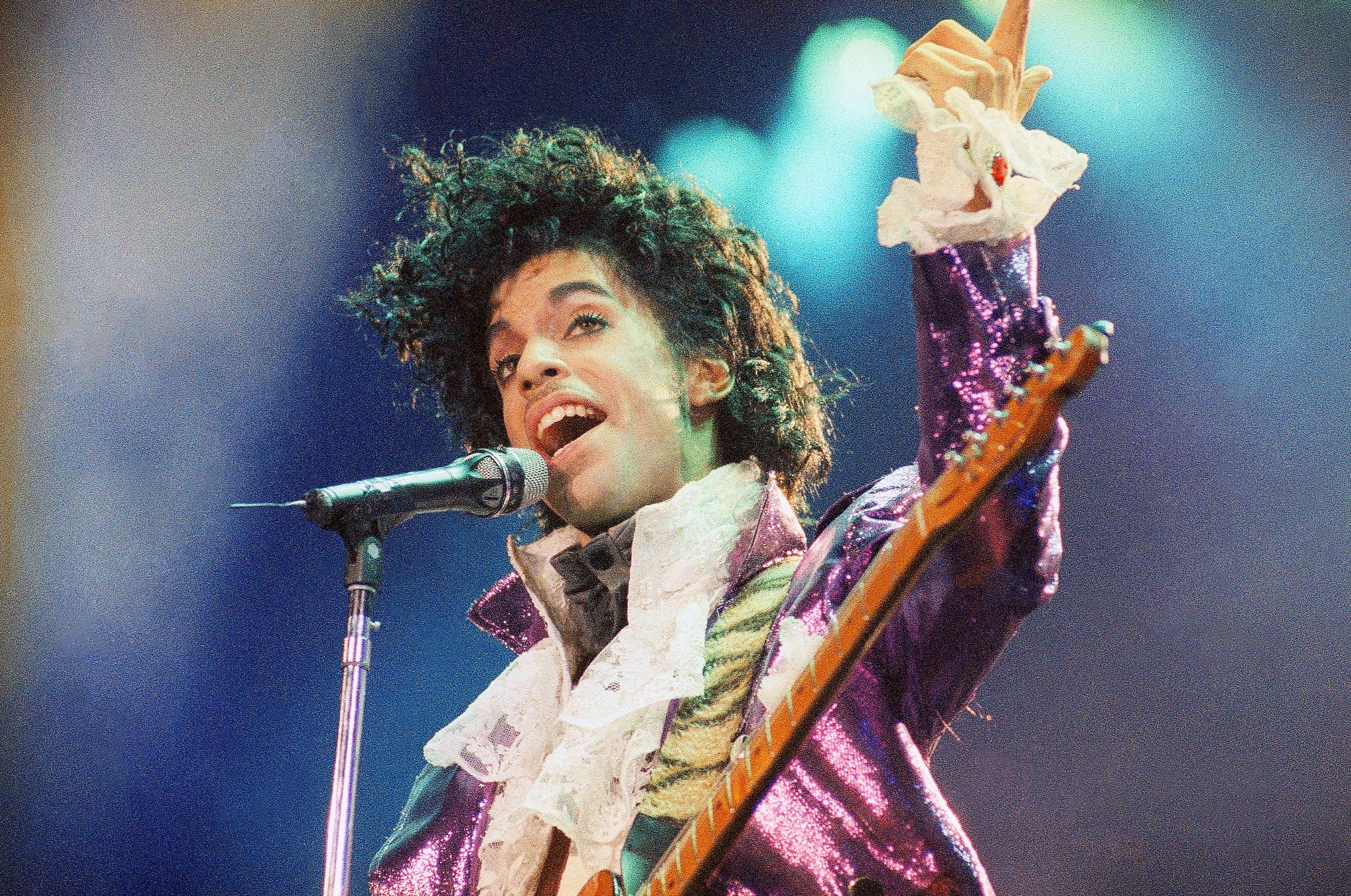 Prince death: Authorities investigating whether musician died of an overdose