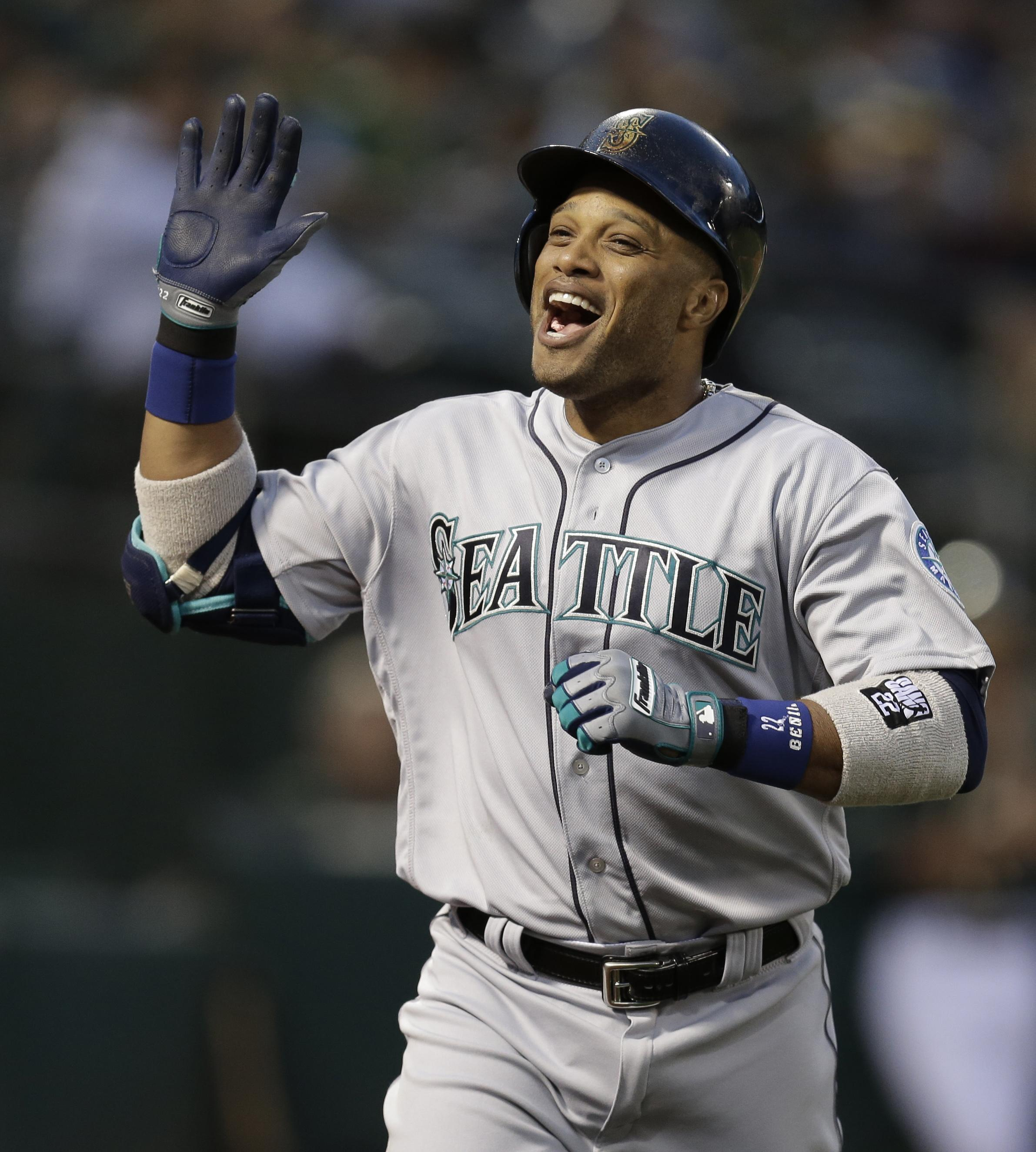 Mariners clinch sixth consecutive series victory with 8-2 ...