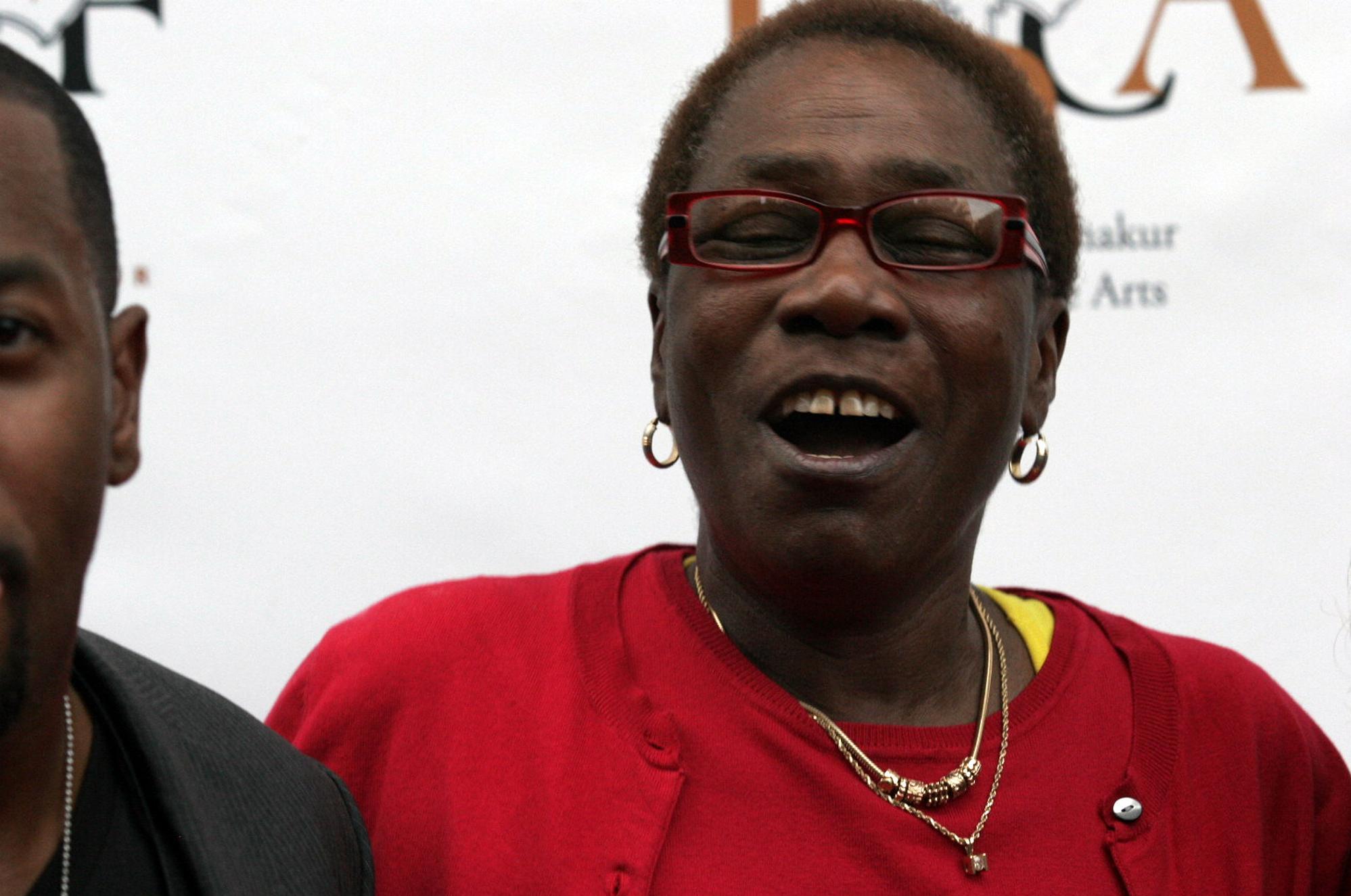 Afeni Shakur, mother of rapper Tupac Shakur, dies | The