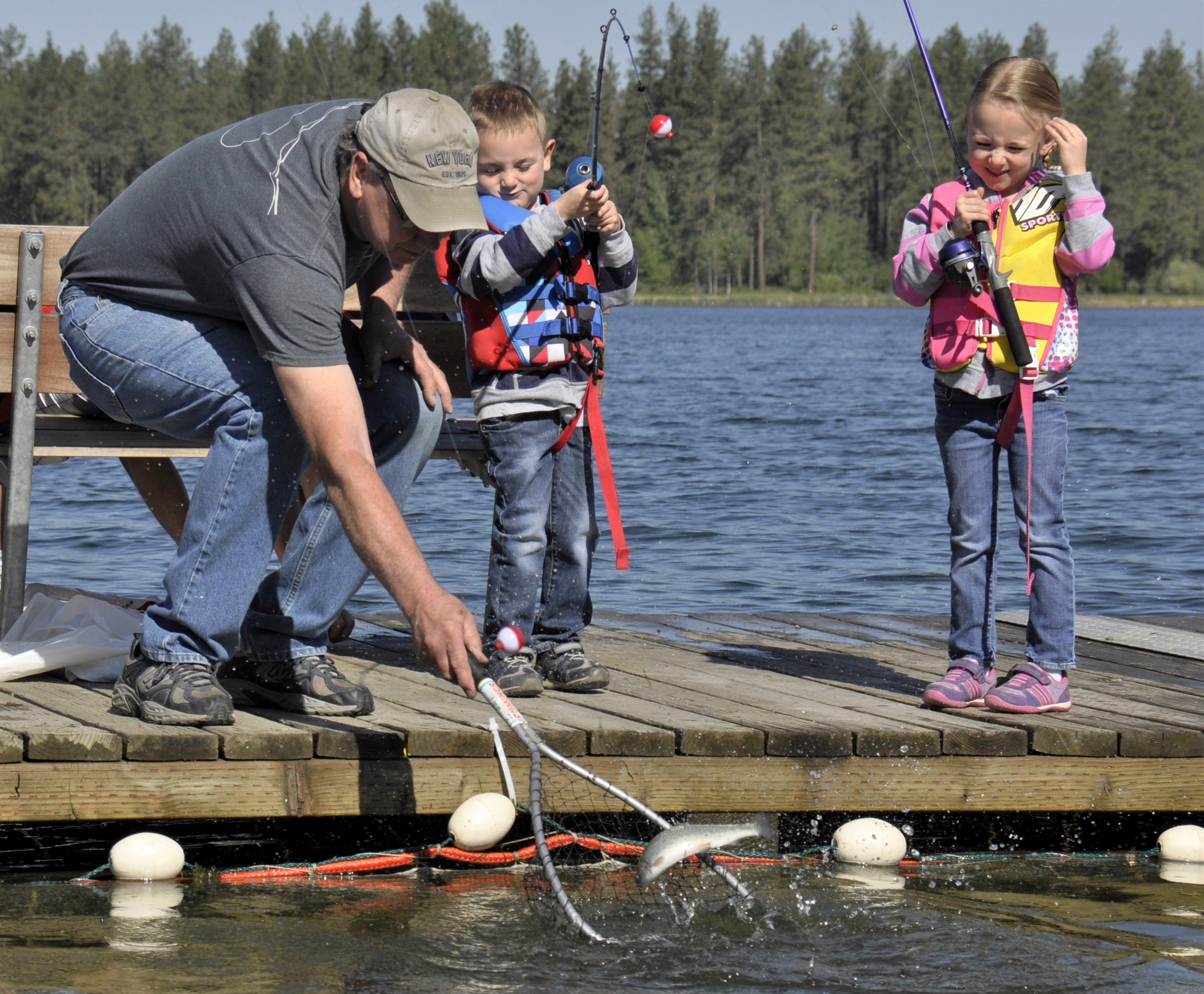 Free fishing days offer no cost chance to make a cast for Washington state fishing license cost