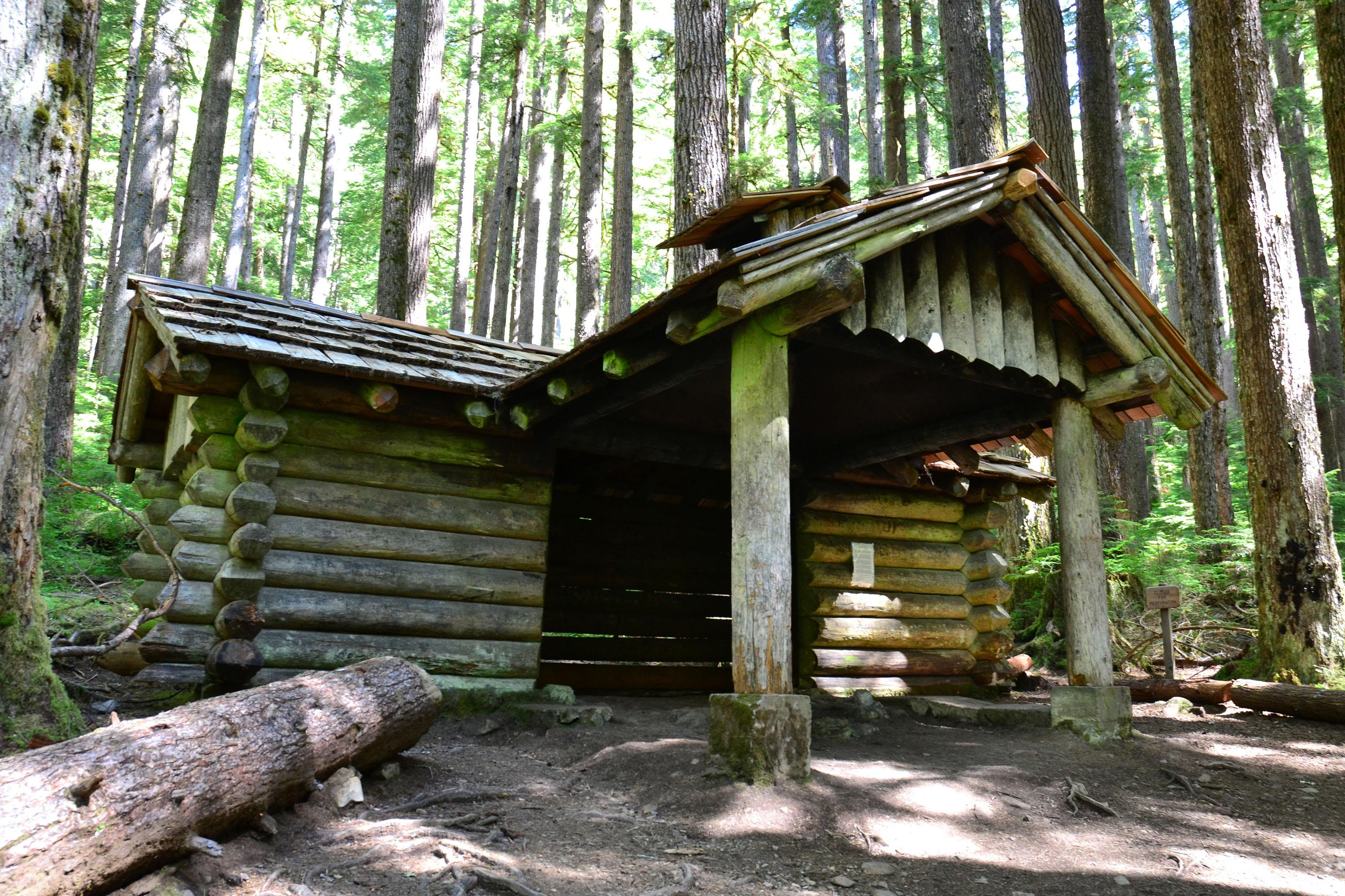 Lawsuit targets aging shelters in Olympic National Park | The