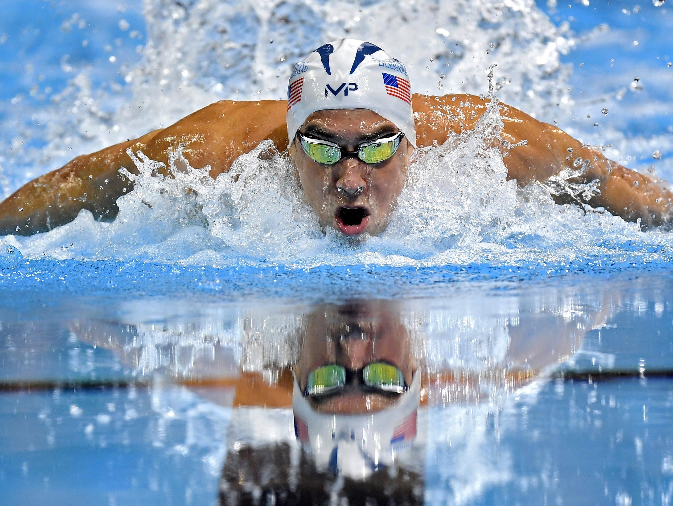 In Brief Micahel Phelps Goes Out On Top In Final U S