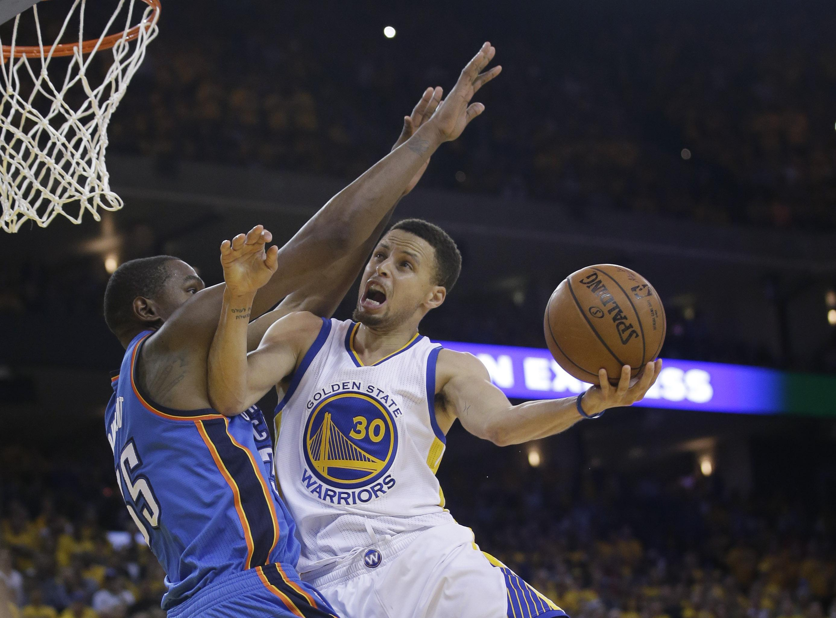 fb5027da6fea Warriors  Stephen Curry won t have to try and score over Kevin Durant next