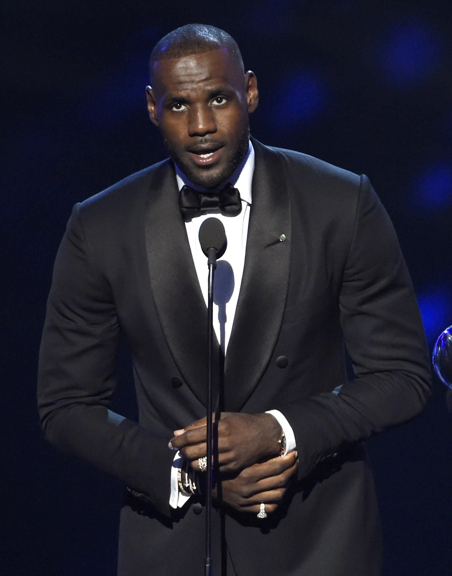 376bd4891fb7 Cleveland Cavaliers star LeBron James accepted the award for best moment  for his team s 2016 NBA