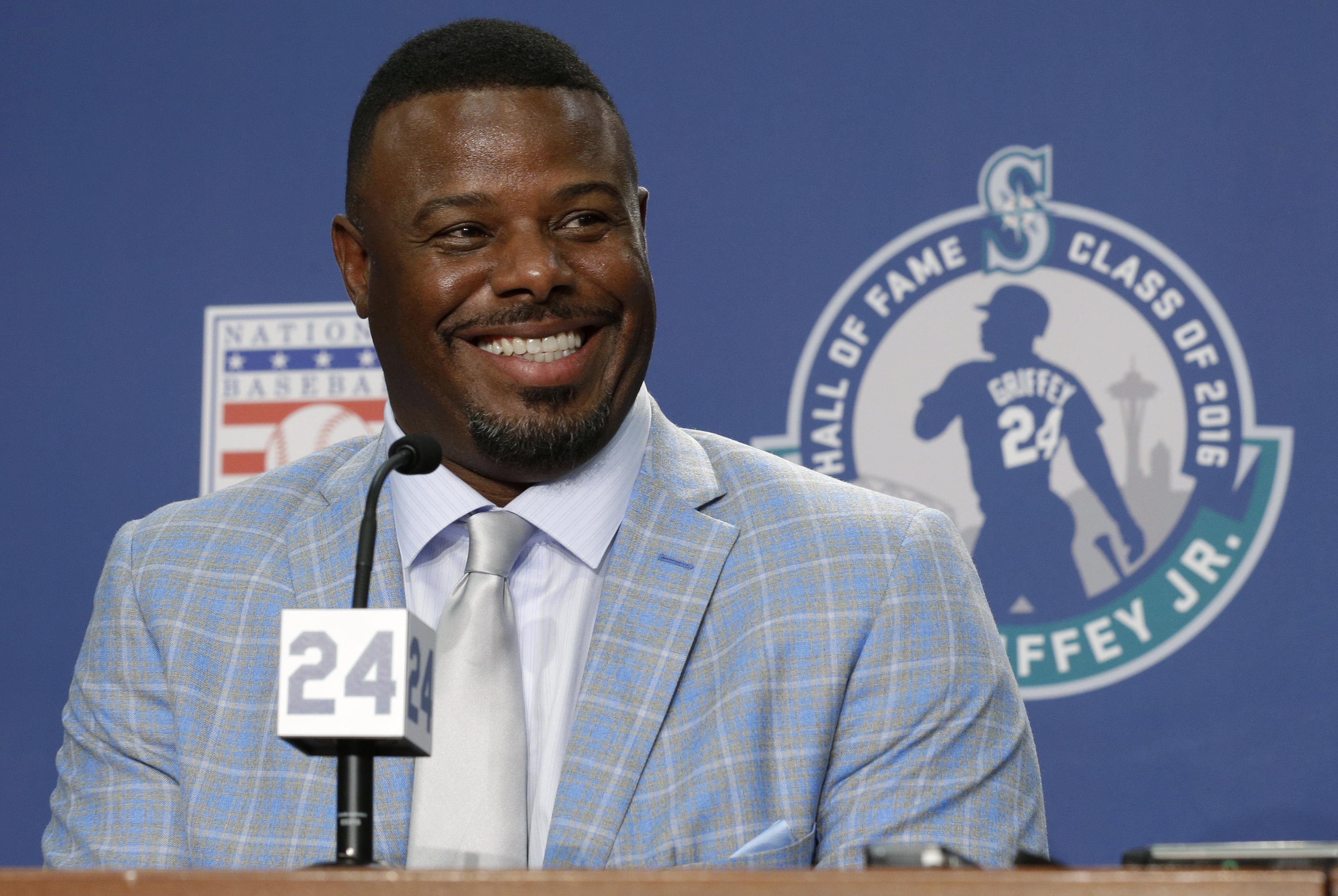 6a8f9cb5e3 Ken Griffey Jr. spent a busy day in Seattle on Friday in preparation for  Saturday's