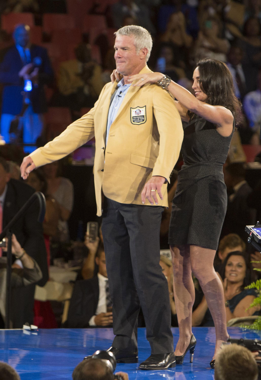 detailed look bb7a1 e2846 Brett Favre wonders if he really belongs in Hall of Fame ...