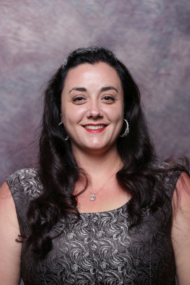 mandi luce is the general manager of the olive garden in coeur dalene - Olive Garden Tacoma