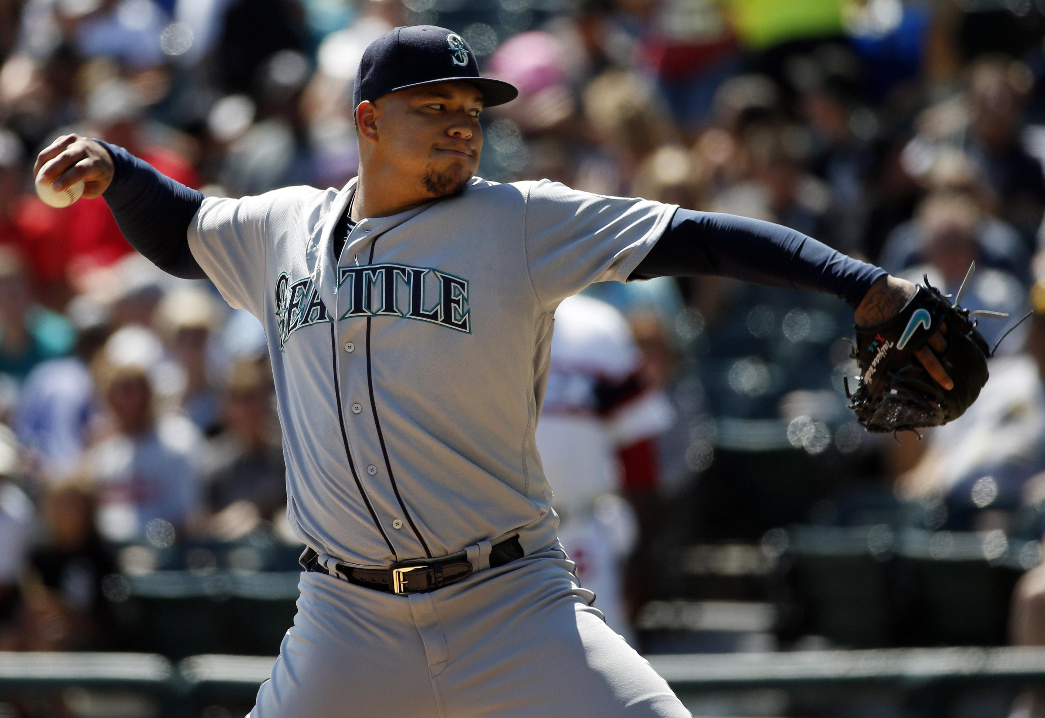 Segura to Seattle as Mariners, D-backs make 5-player trade