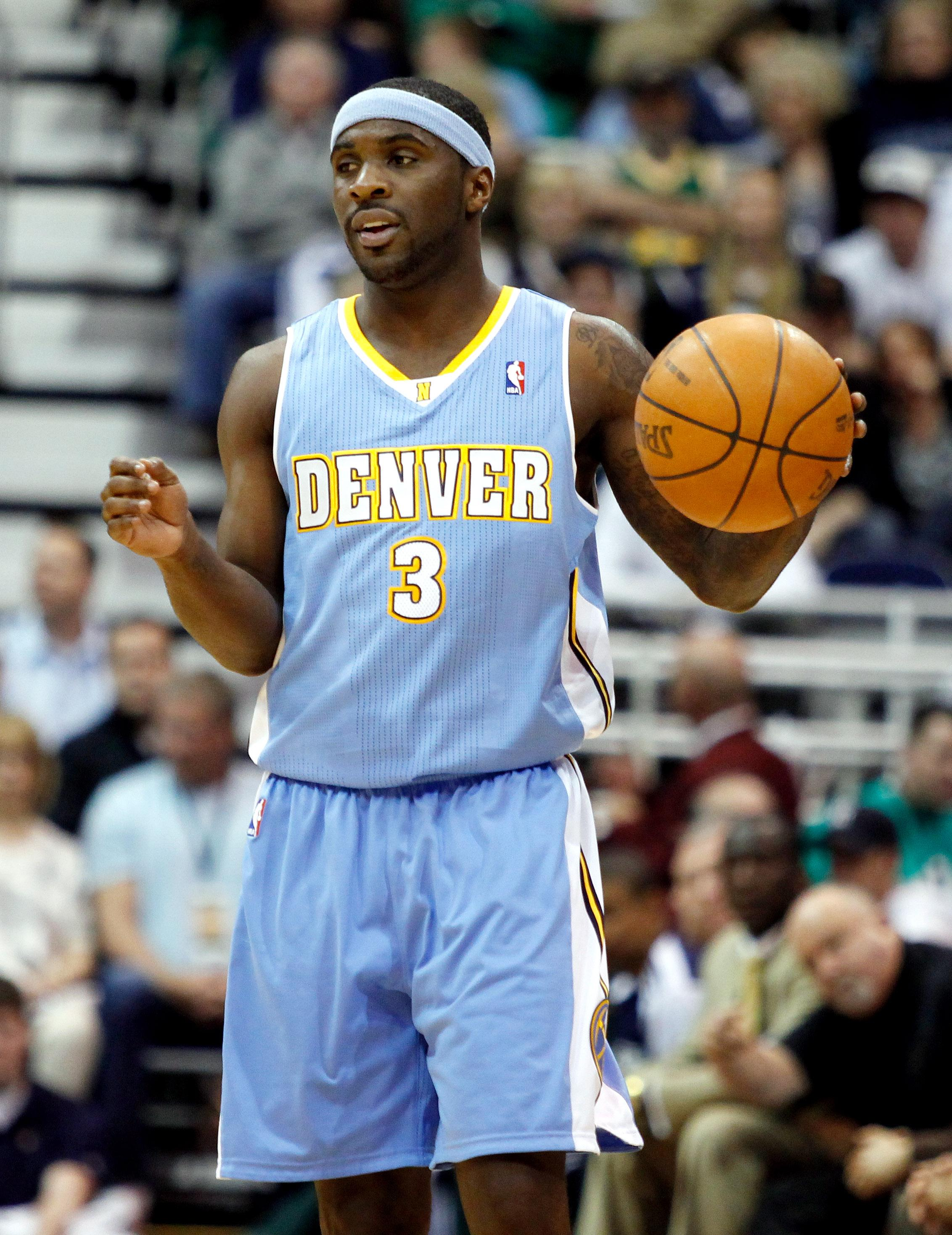 afd1fd5b700d The former Denver Nuggets guard Ty Lawson signed with the Sacramento Kings.  (Steve C